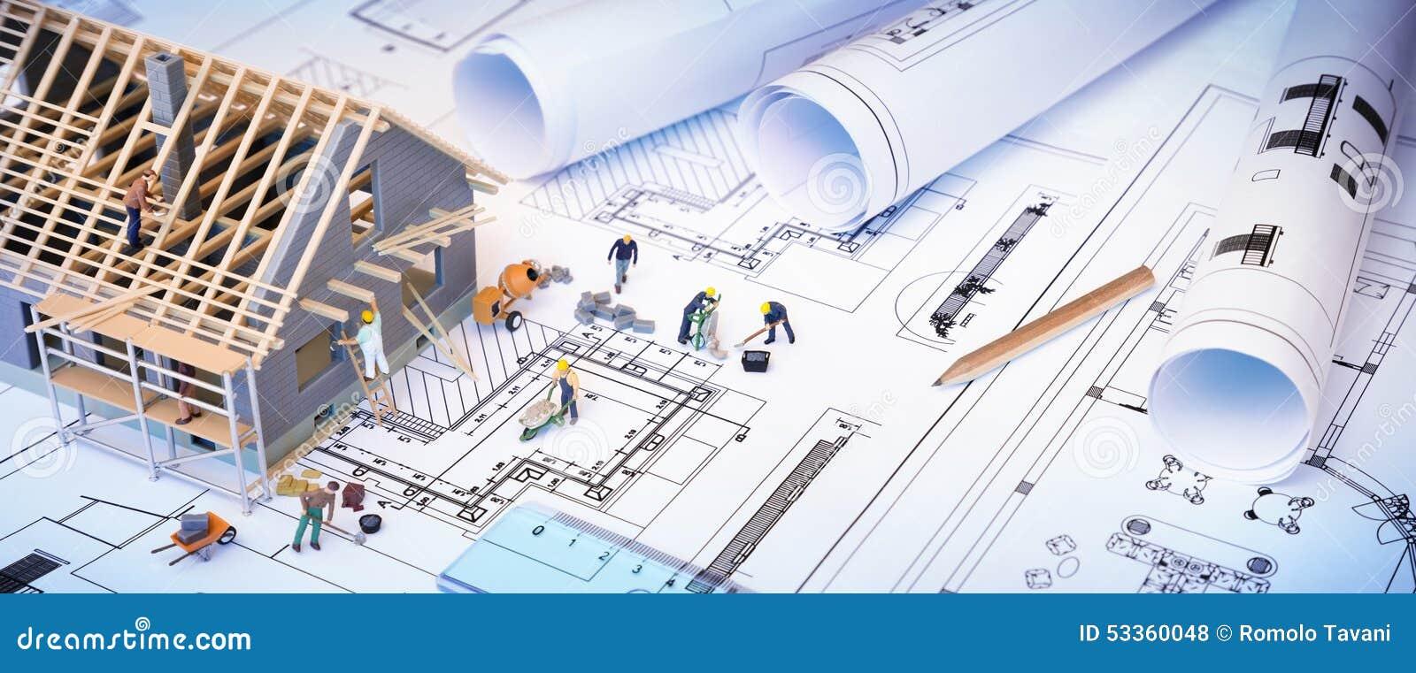 Haus im Bau auf Plänen