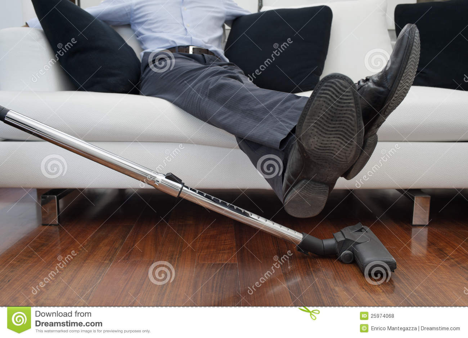 haus putzen lizenzfreie stockfotos bild 25974068. Black Bedroom Furniture Sets. Home Design Ideas
