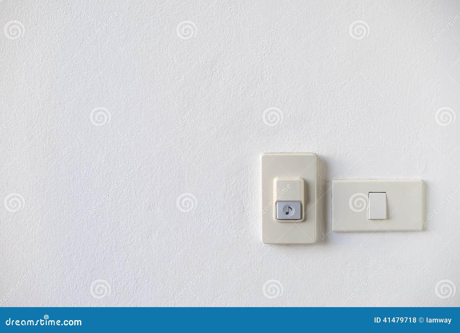 Haus-Türklingel Mit Lichtschalter Stockfoto - Bild von tür ...
