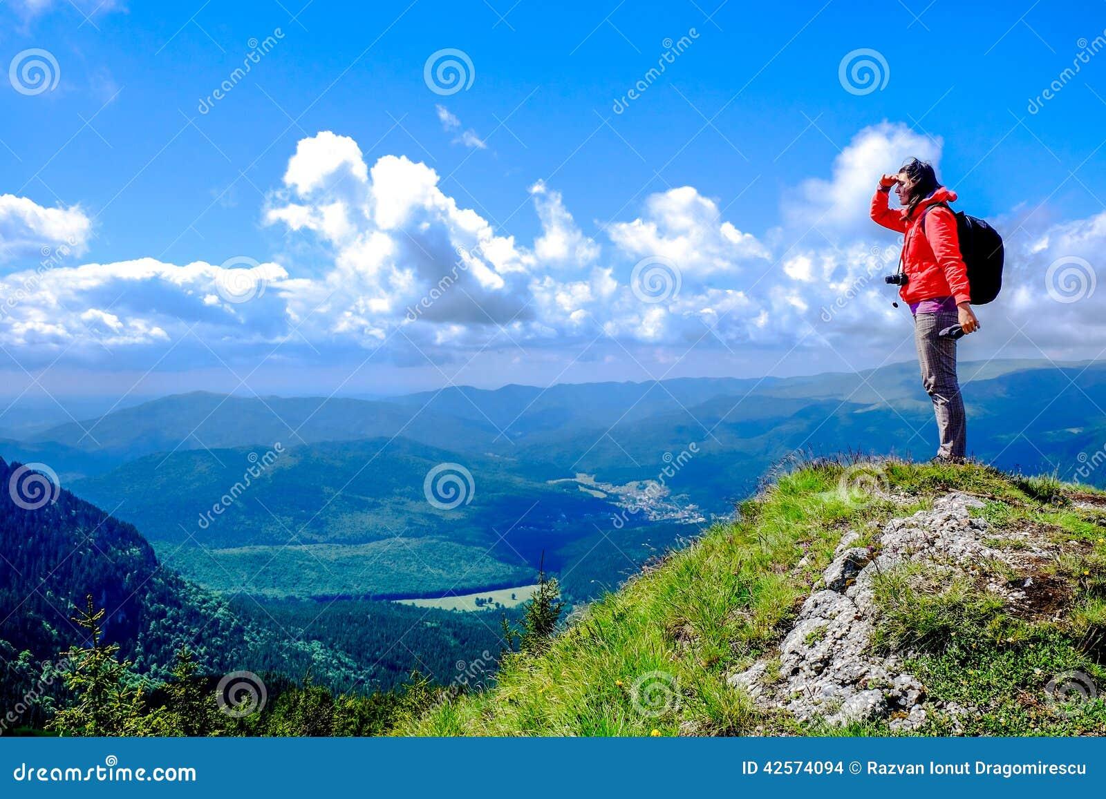 Hausse de la montagne du Monténégro de komovi