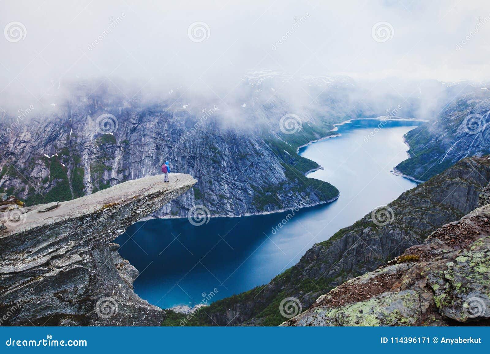 Hausse de Trolltunga en Norvège