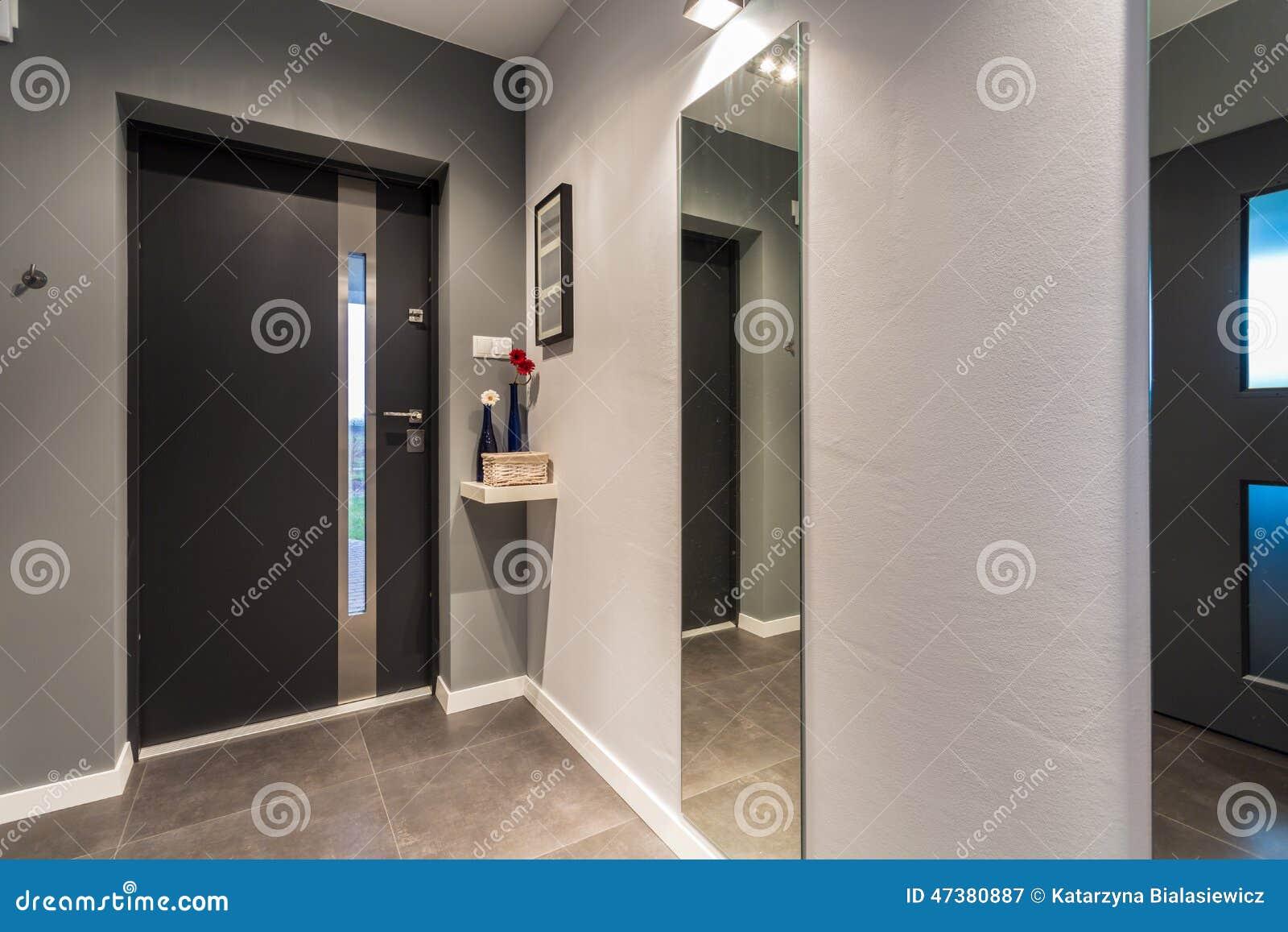 Haustür innen  Haustür - Ansicht Von Innen Stockfoto - Bild: 47380887