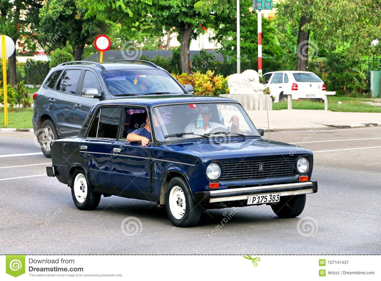 Lada 2101 editorial photography. Image of passenger - 107141437