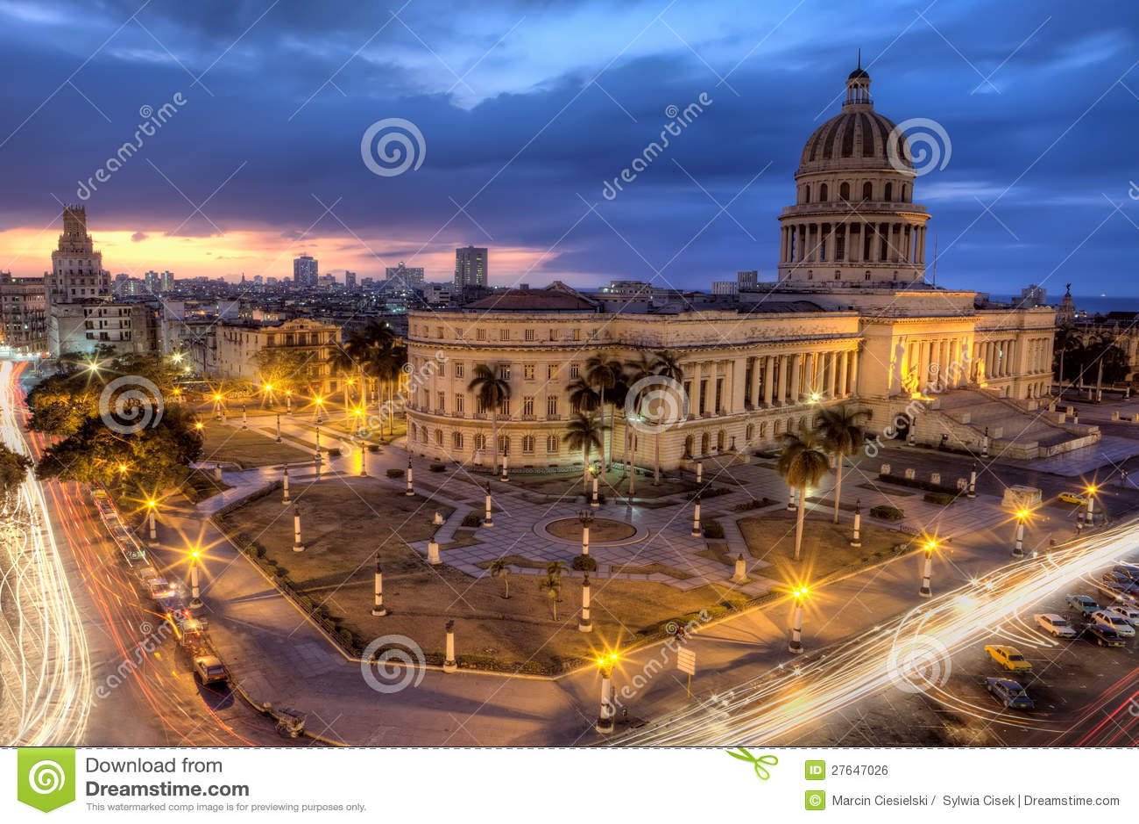 Havana i Kuba vid natt