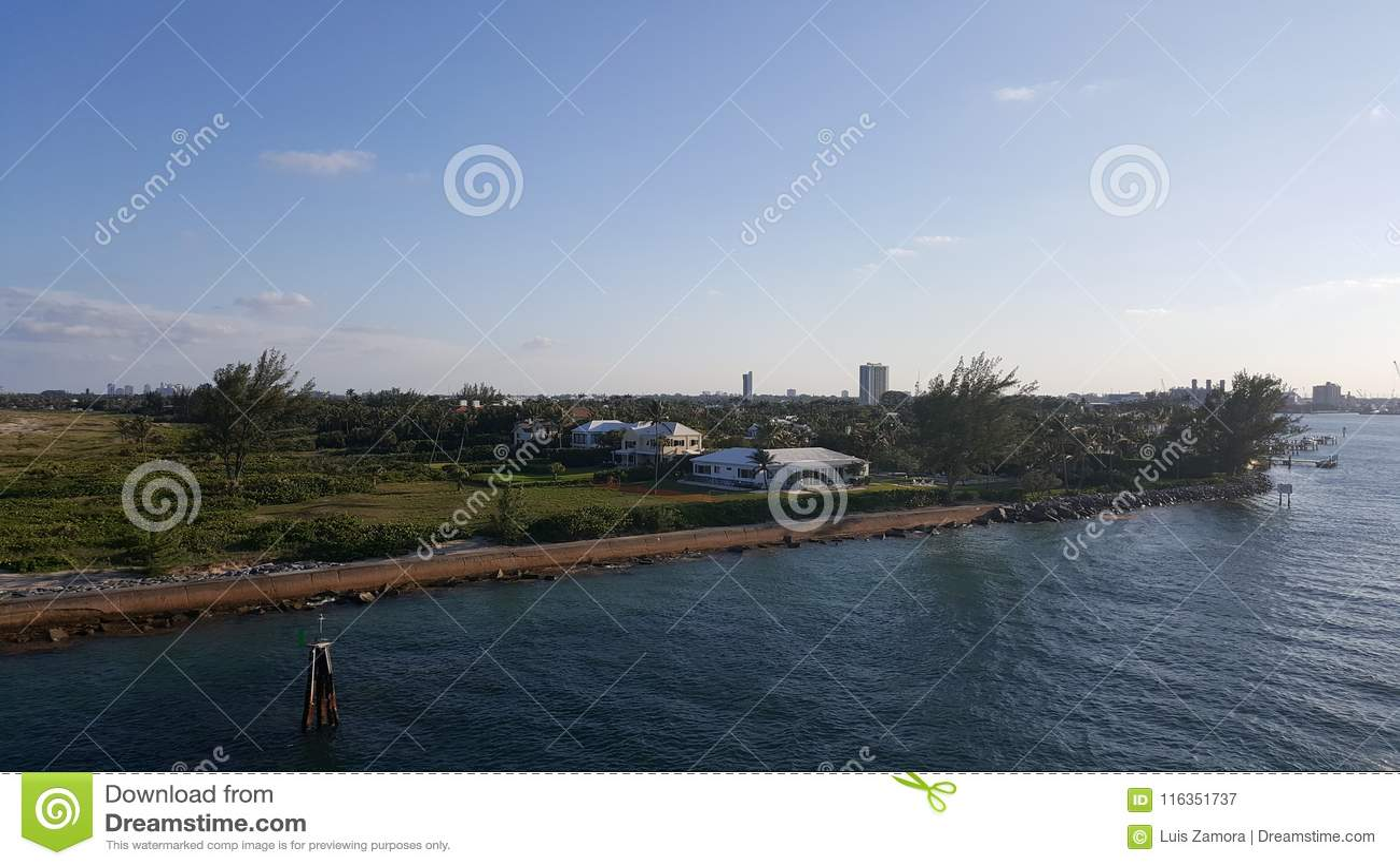 Haven van Palm Beachingang