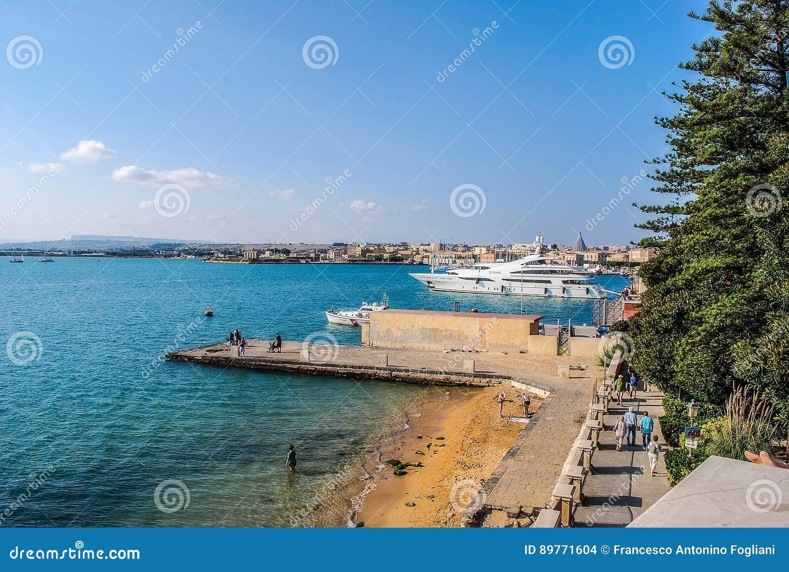 Haven van Syracuse in Sicilië