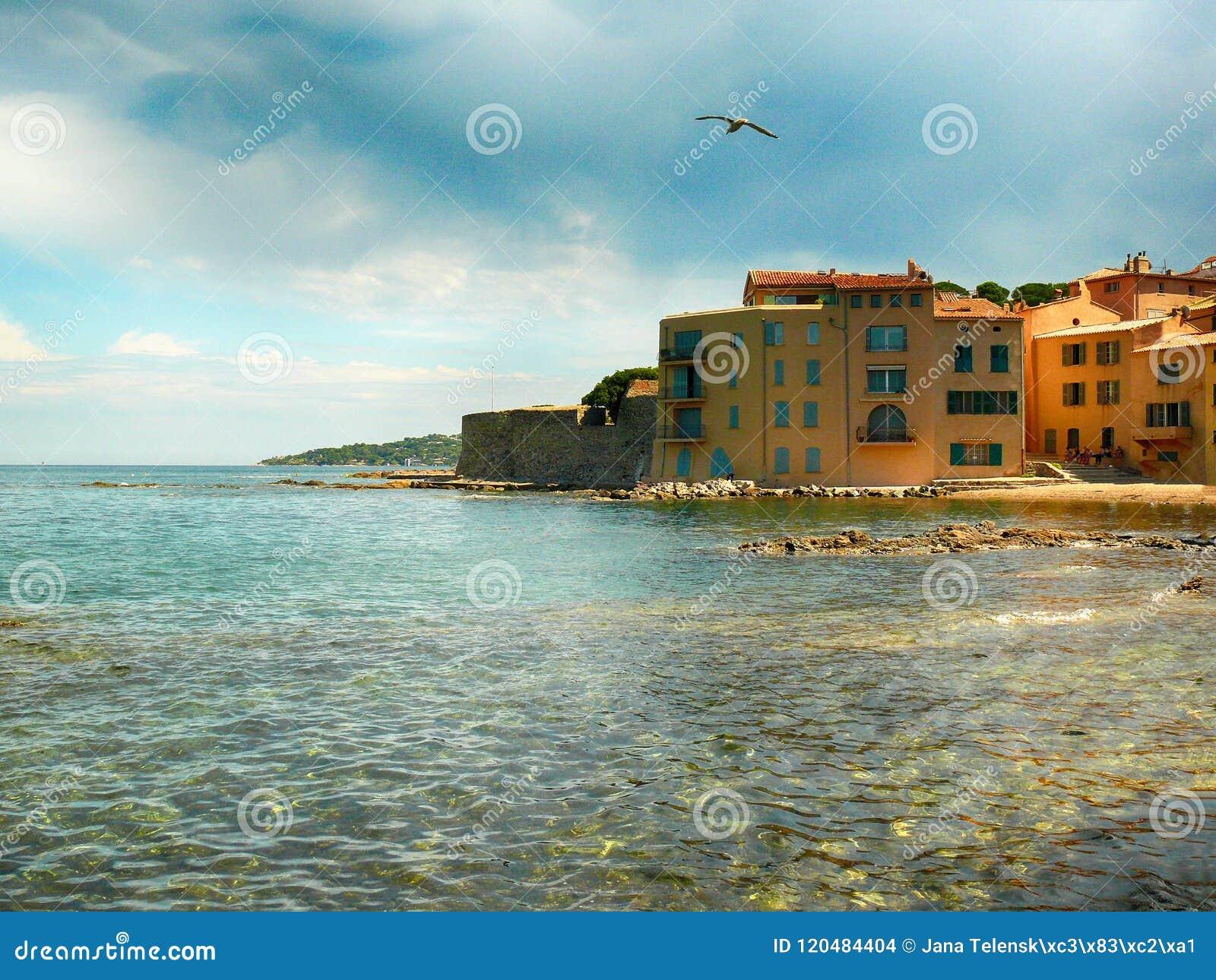 Havsikt i Saint Tropez i Frankrike