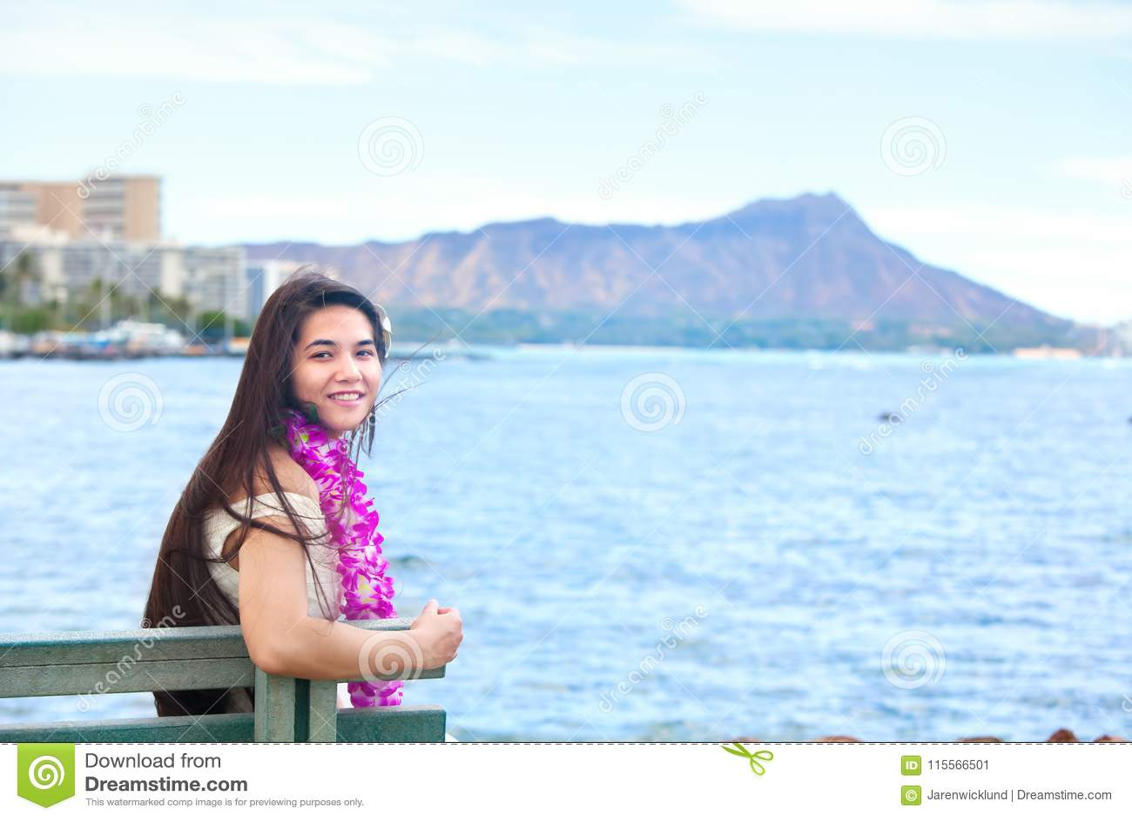 Teens hawaiians