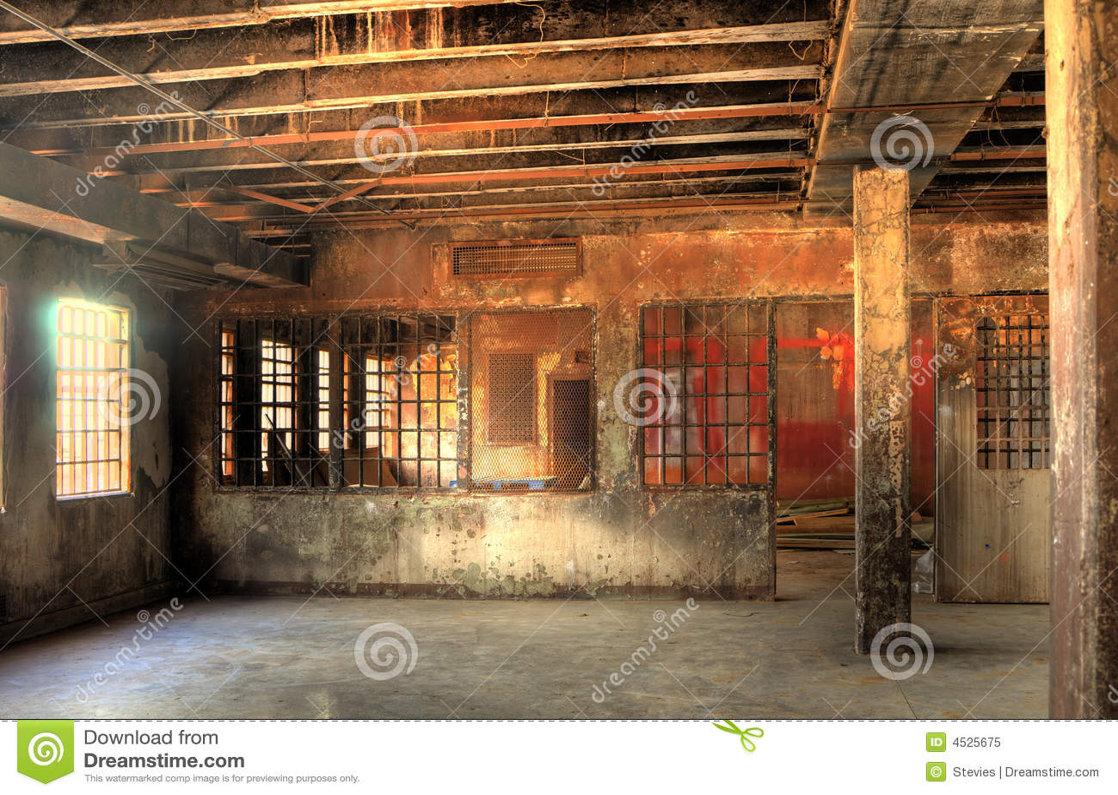 HDR de prison abandonnée