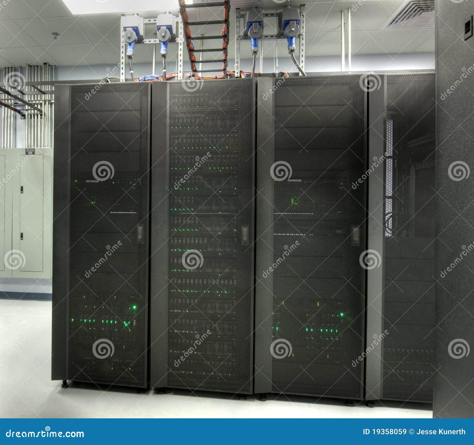 HDR do quarto do server