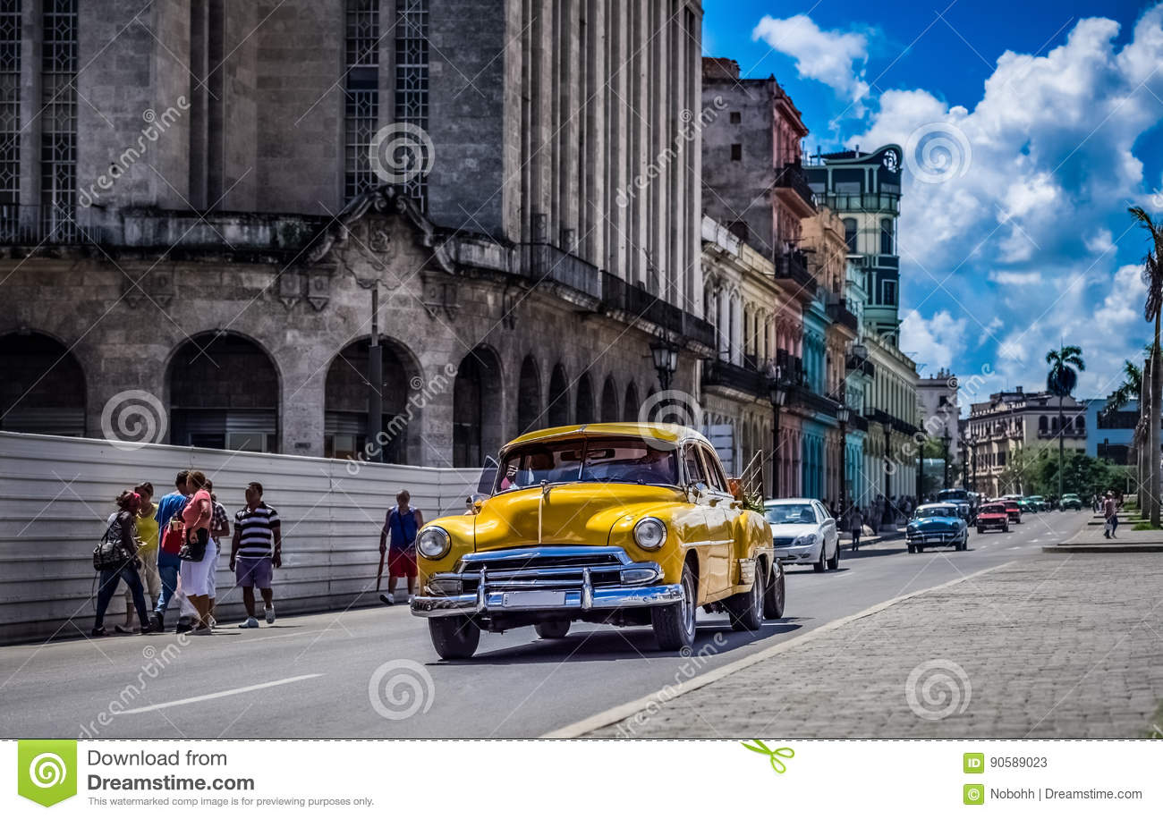 Download HDR - Street Life Scene In Havana Cuba With American Vintage Cars - Serie Cuba Reportage Stock Image - Image of buildings, automobile: 90589023