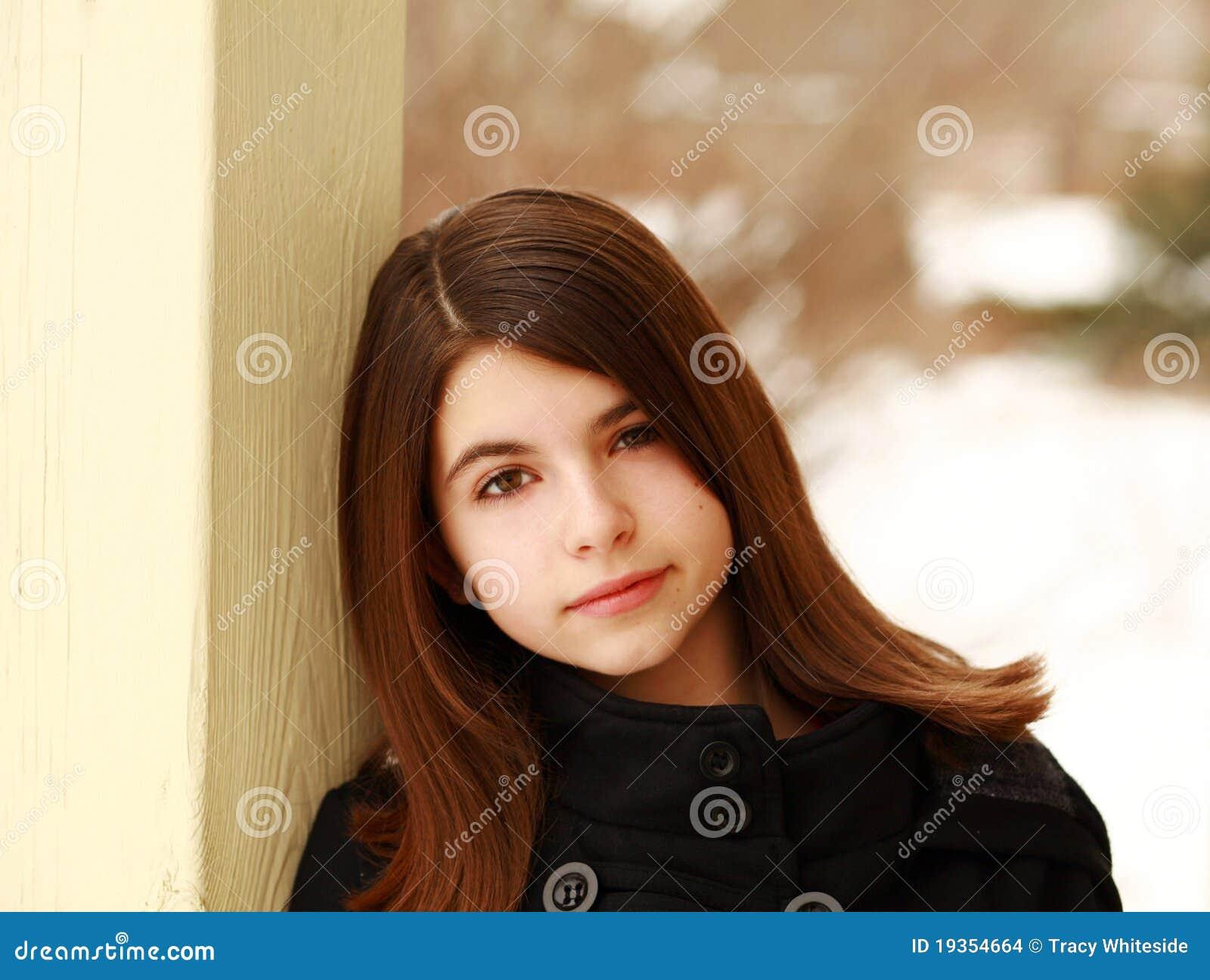 Headshot da rapariga bonita