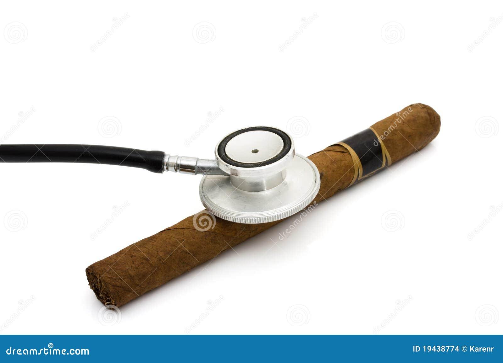 essay on health risks of smoking