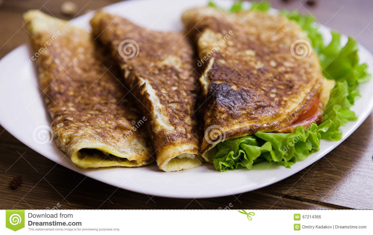 healthy eating breakfast scrambled eggs oatmeal ham cheese lettuce tomatoes inside white plate wooden 67214366 Orange Coffee Table Heart Shaped Fried Eggs Bread And Orange Juice Stock Photo Image