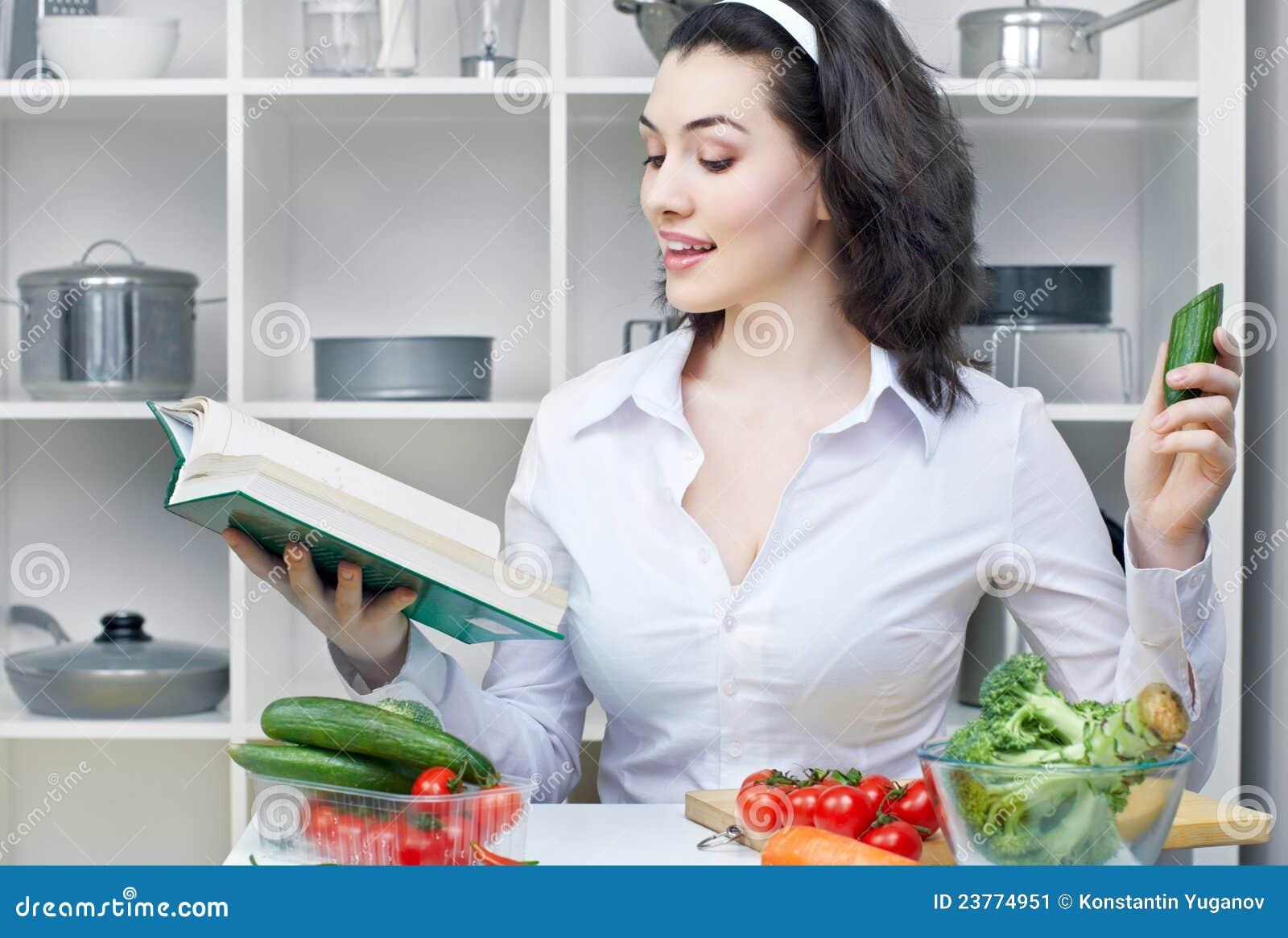 Маргарита королева экономная диета