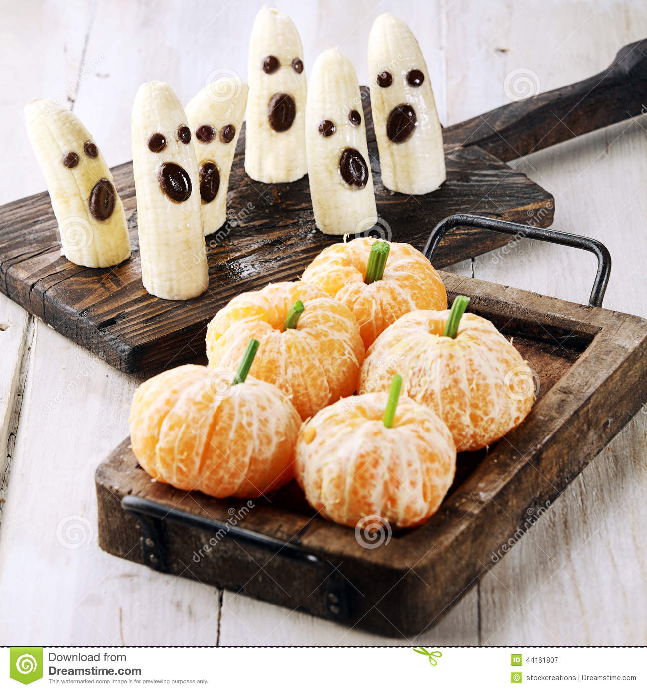 Healthy Halloween Treats Made from Fruit