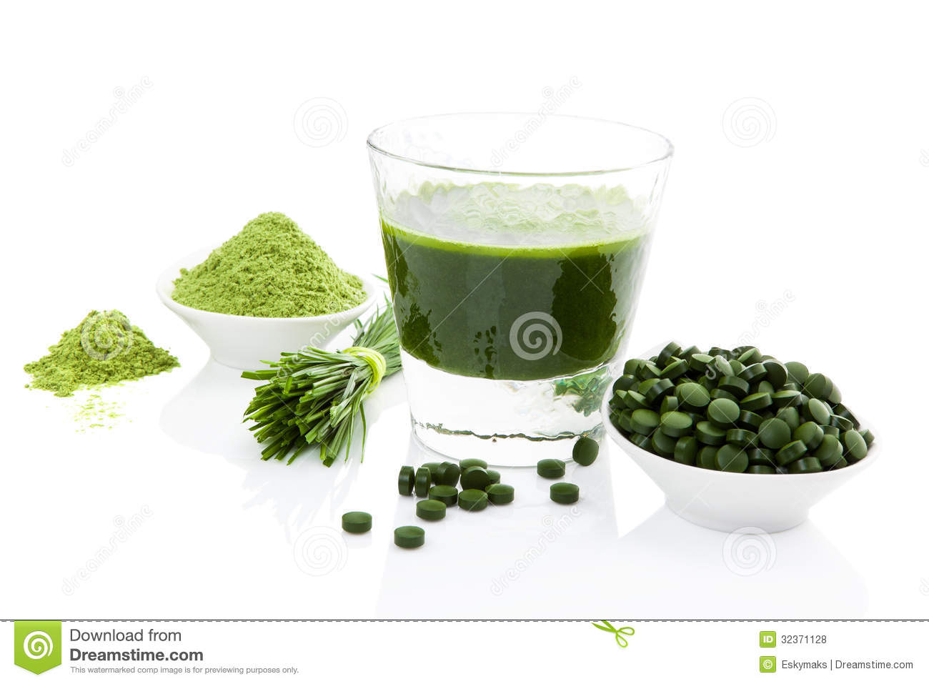 Healthy living spirulina chlorella and wheatgrass stock for Cuisine on the green