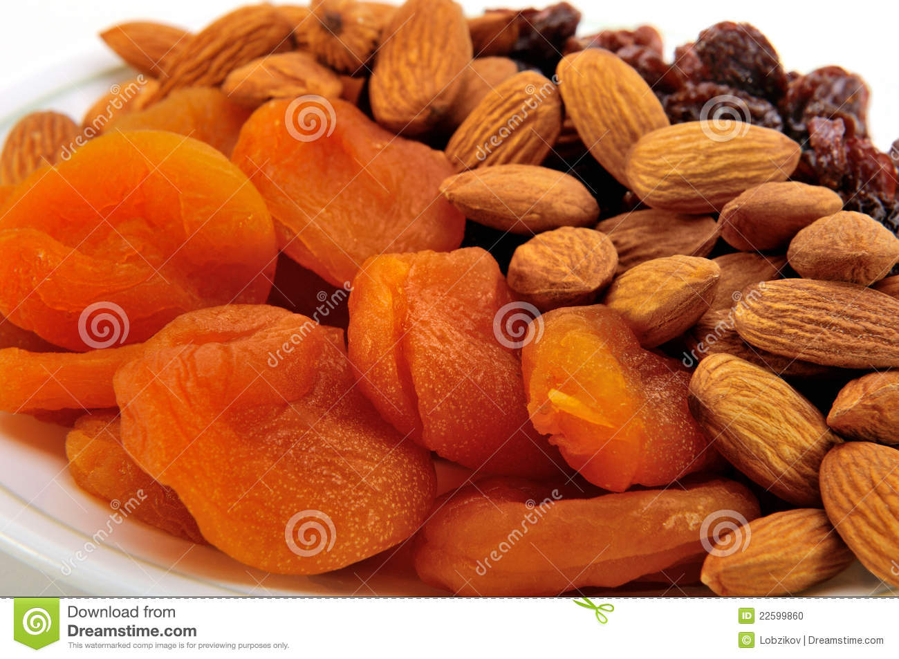 dried fruit and nuts healthy fall fruits