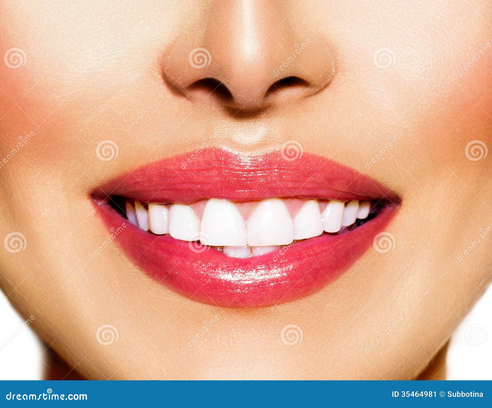 отбеливание зубов алюминиевой фольгой