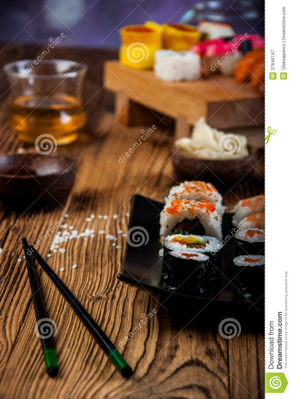 Download Healthy And Tasty Japanese Sushi With Seafood Stock Image - Image of ethnic, green: 37646747