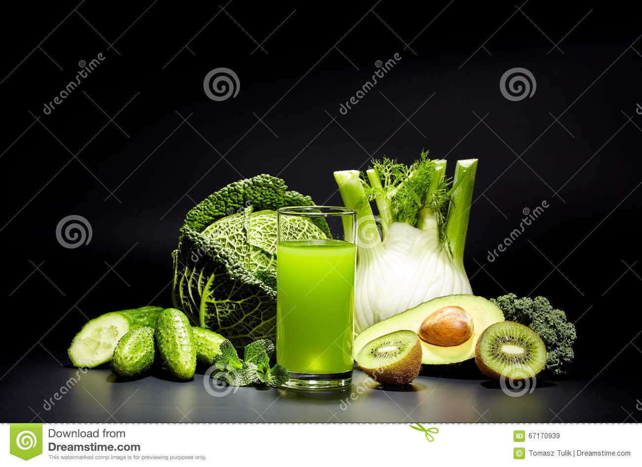 Healthy Vegetable Juices For Refreshment Stock Photography
