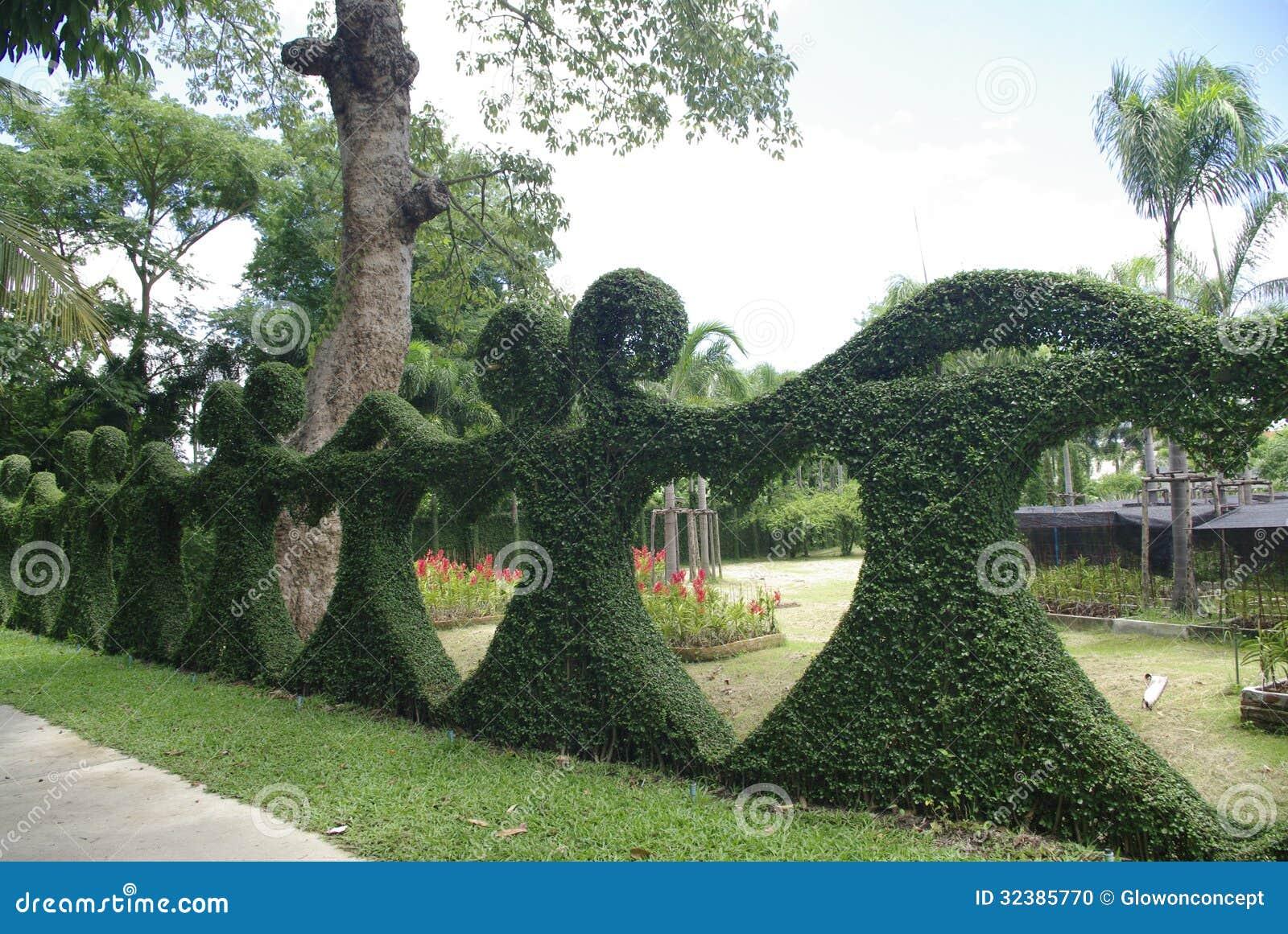 heart bush fence fantasy garden stock photo image 32385770. Black Bedroom Furniture Sets. Home Design Ideas