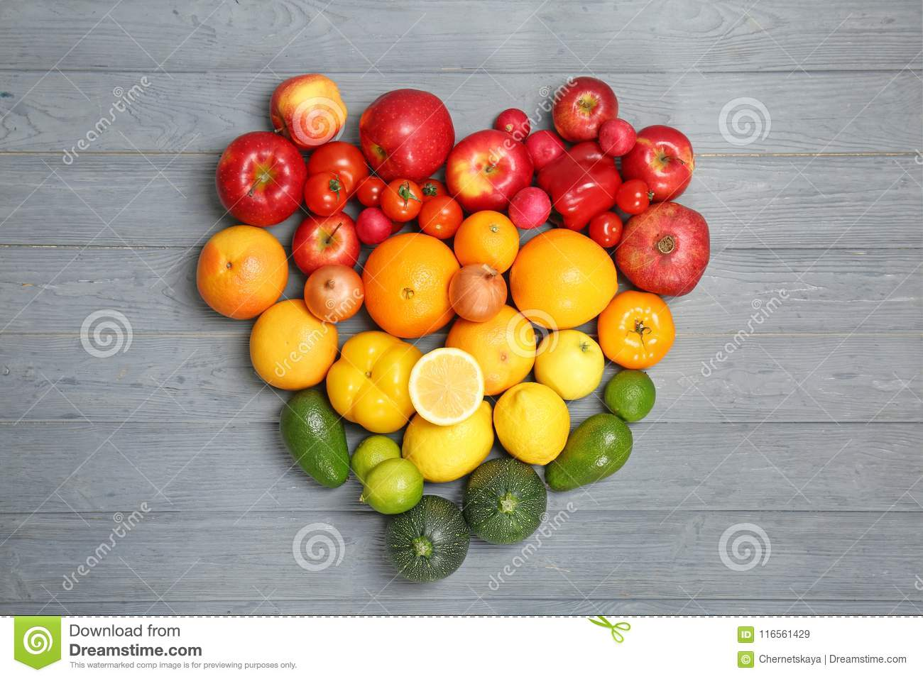 Heart made of ripe fruits and vegetables