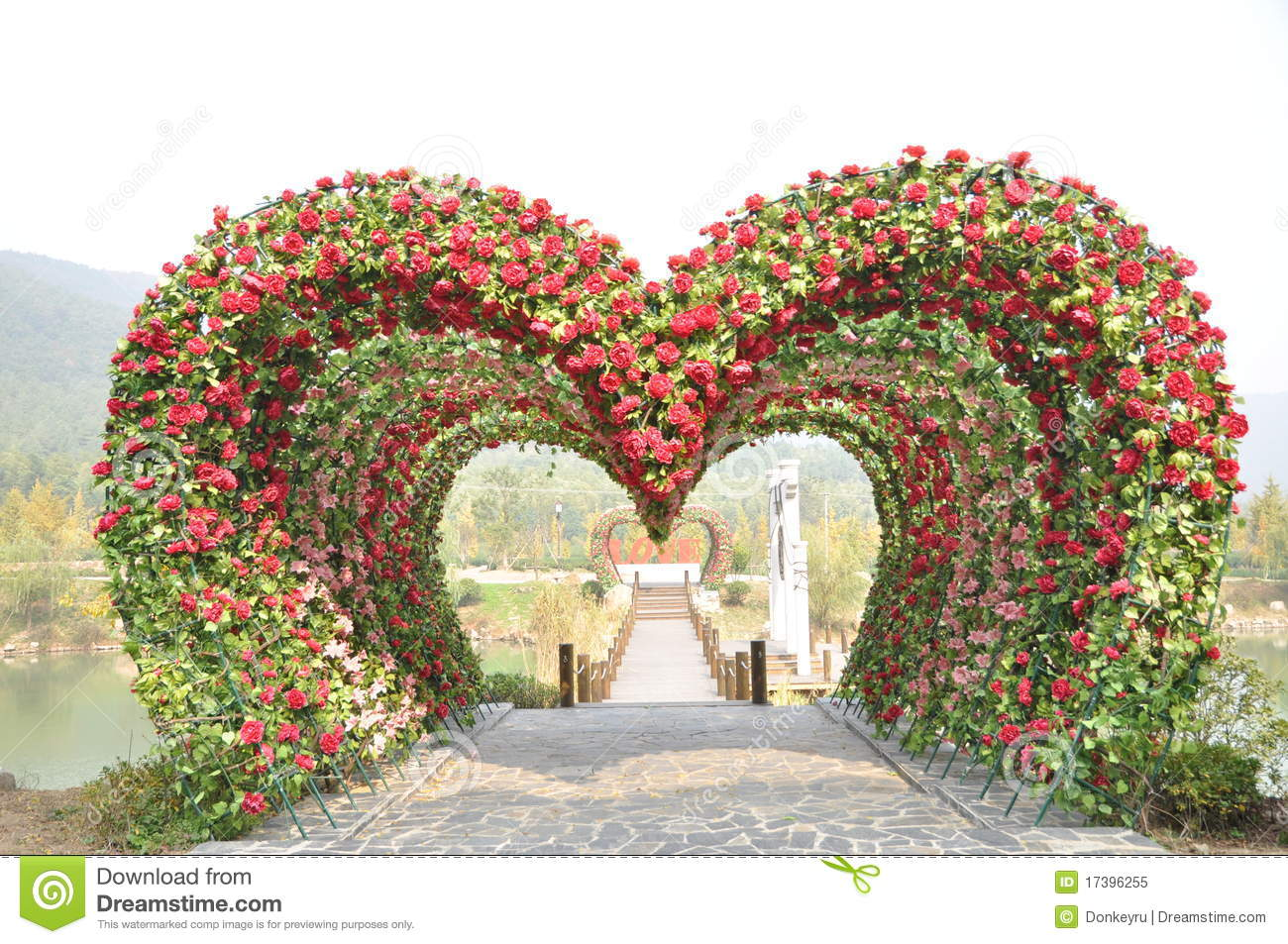 Heart shape love door  sc 1 st  Dreamstime.com & Heart shape love door stock image. Image of nobody symbol - 17396255