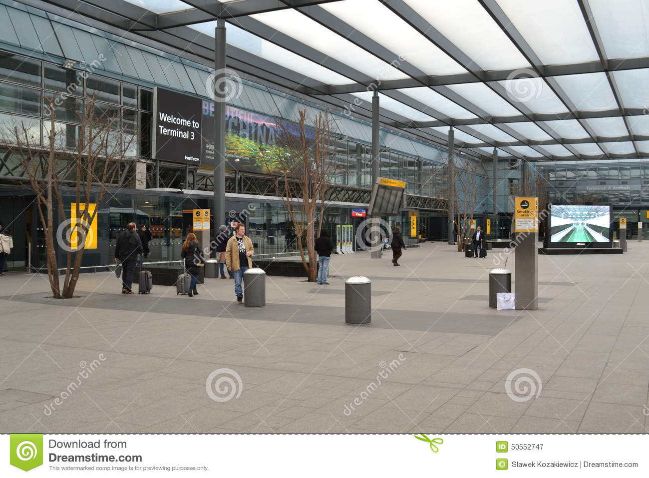Heathrow Airport Terminal 3 Editorial Photography - Image ...