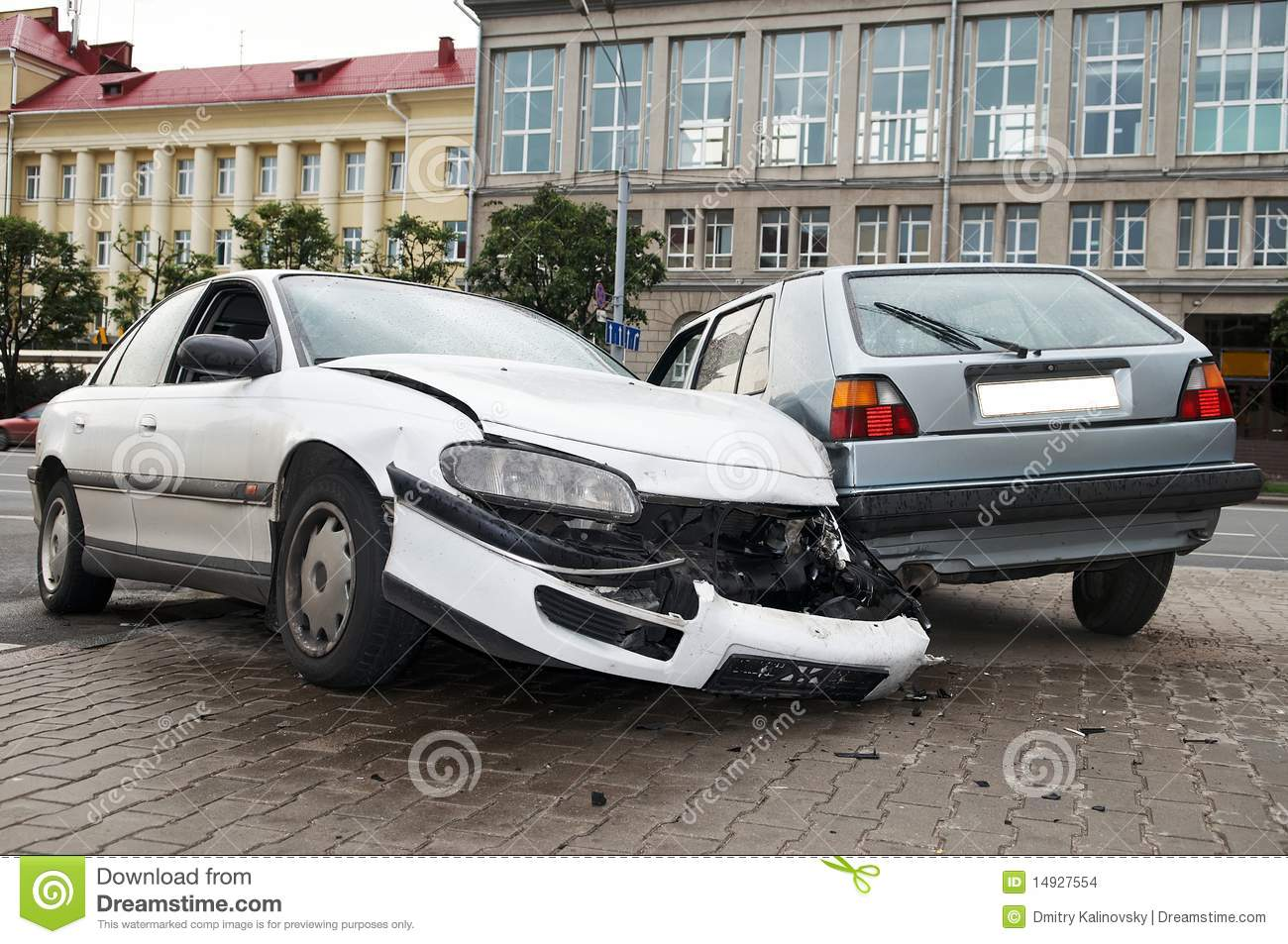 Heavy damage car accident stock photo. Image of breakdown - 14927554