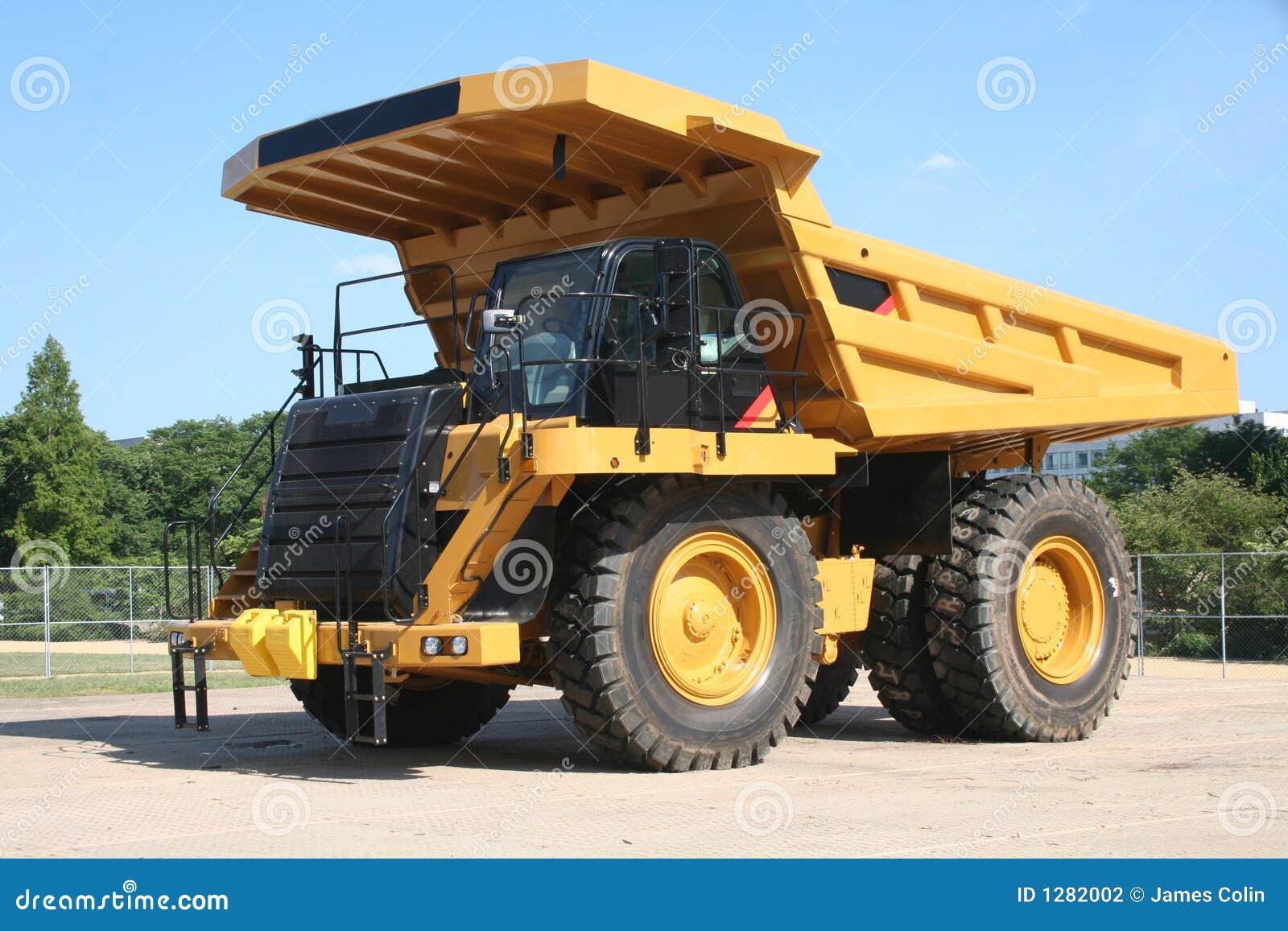 Heavy Duty Truck >> Heavy Duty Dump Truck Stock Photo Image Of Strong Carry 1282002