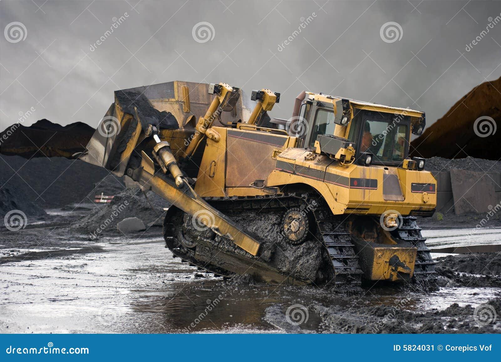 heavy duty mining shovel stock image image of bulldozer 5824031