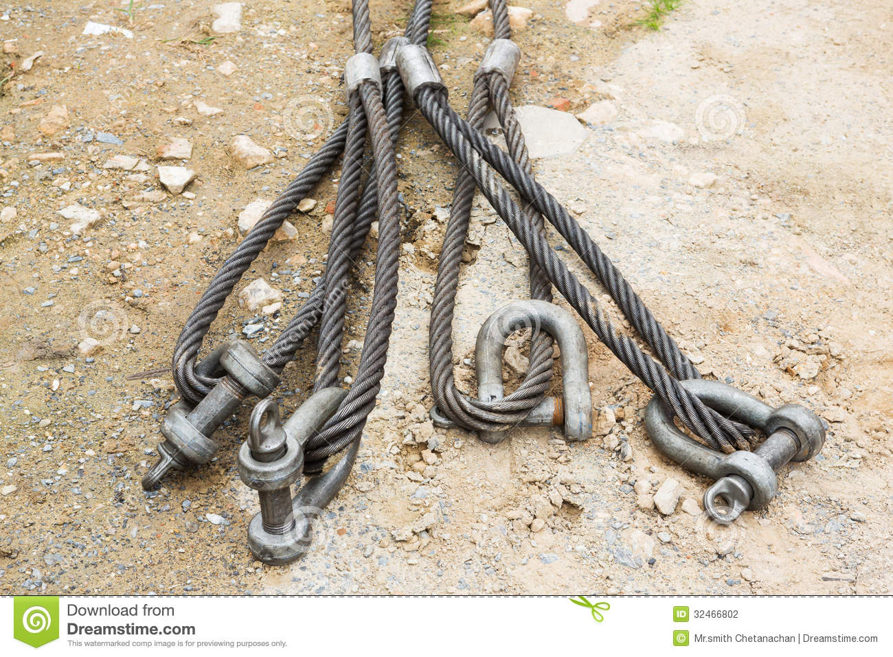 Heavy Duty Steel Wire Rope Sling Stock Photo - Image of