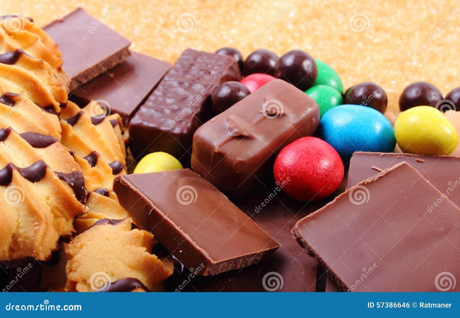 Heel wat snoepjes en riet bruine suiker, ongezond voedsel