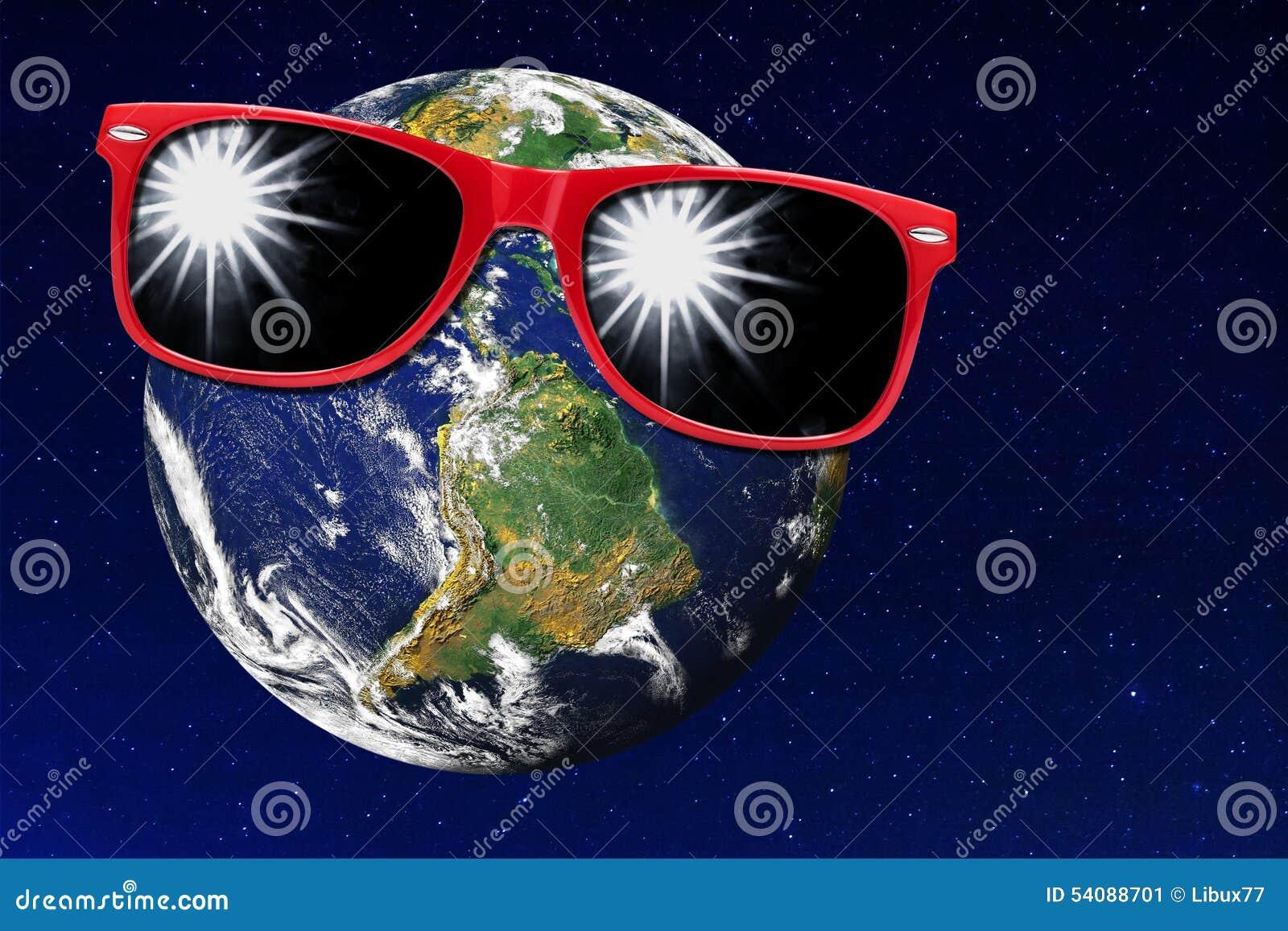 Heelal van het de Beschermingszonlicht van de aarde het Rode Zonnebril