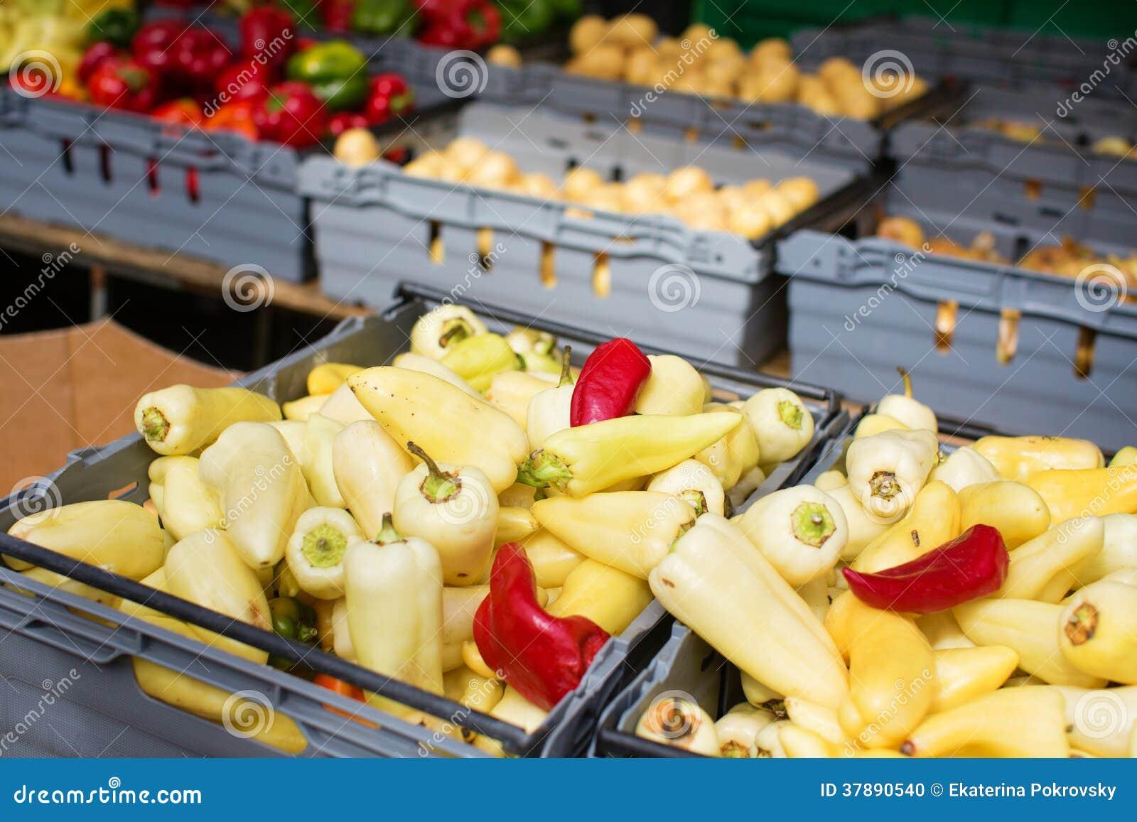 Heerlijke groenten op markt