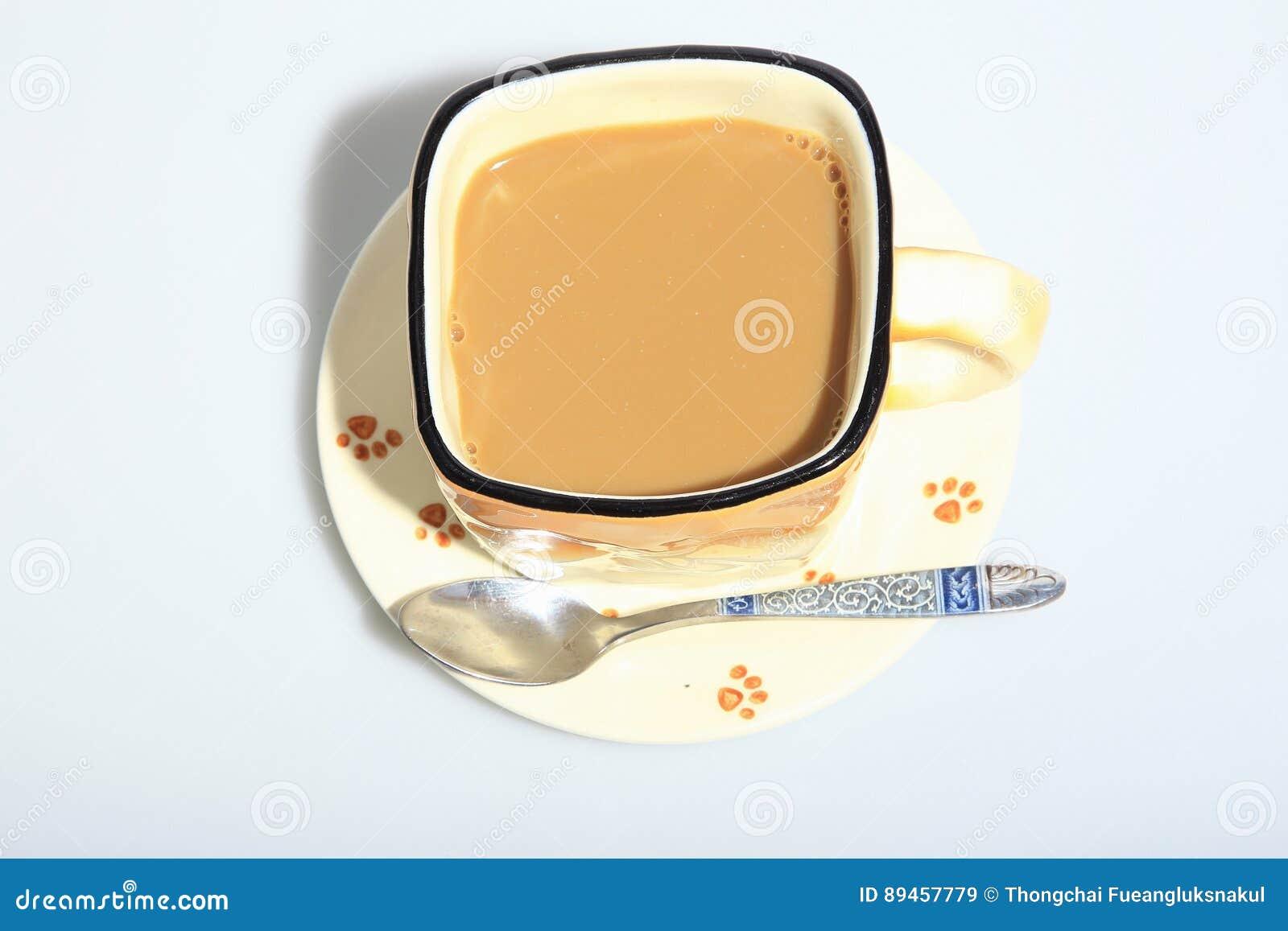 Heißer Kaffee in der Schale