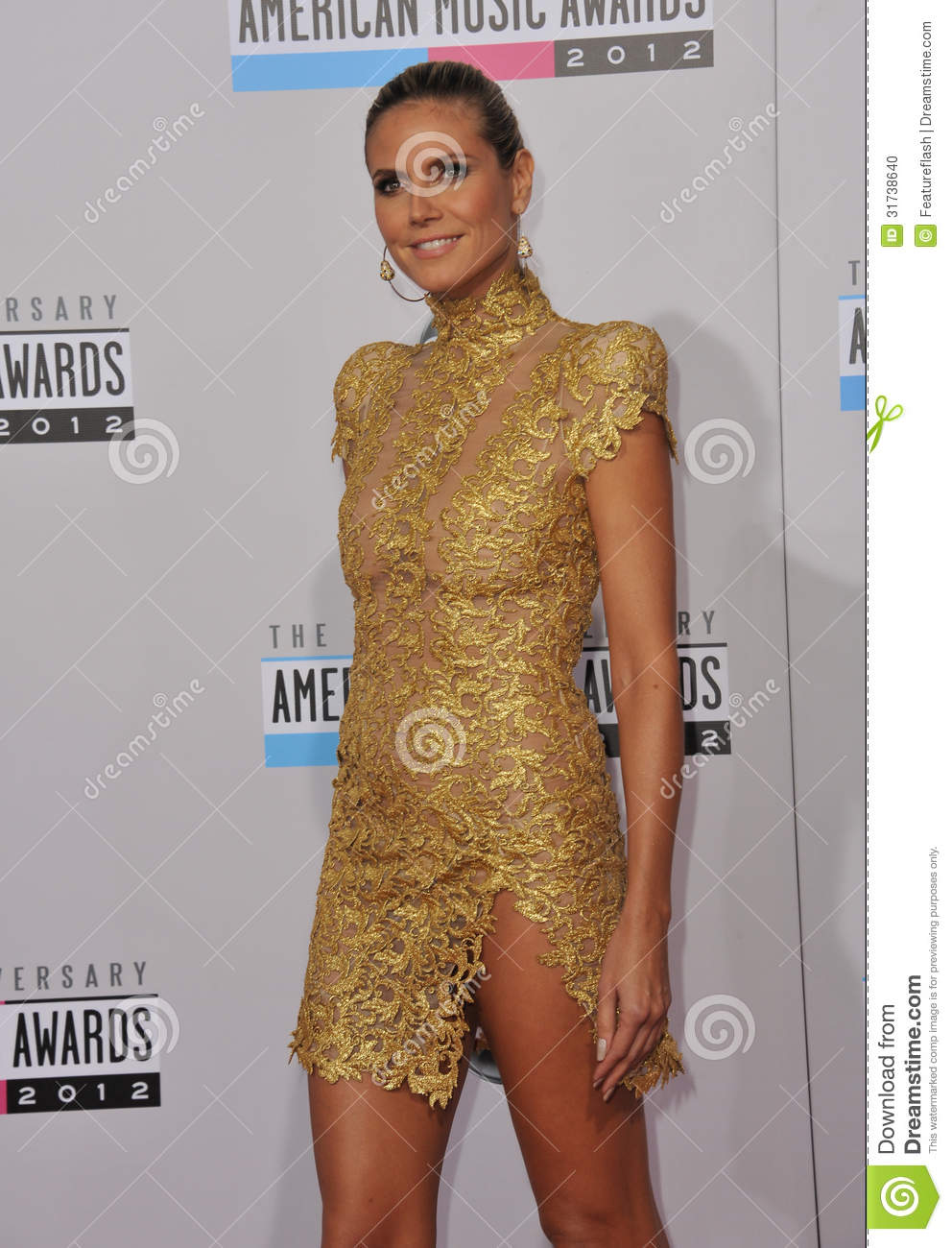 Heidi Klum at the 40th Anniversary American Music Awards at the Nokia ...
