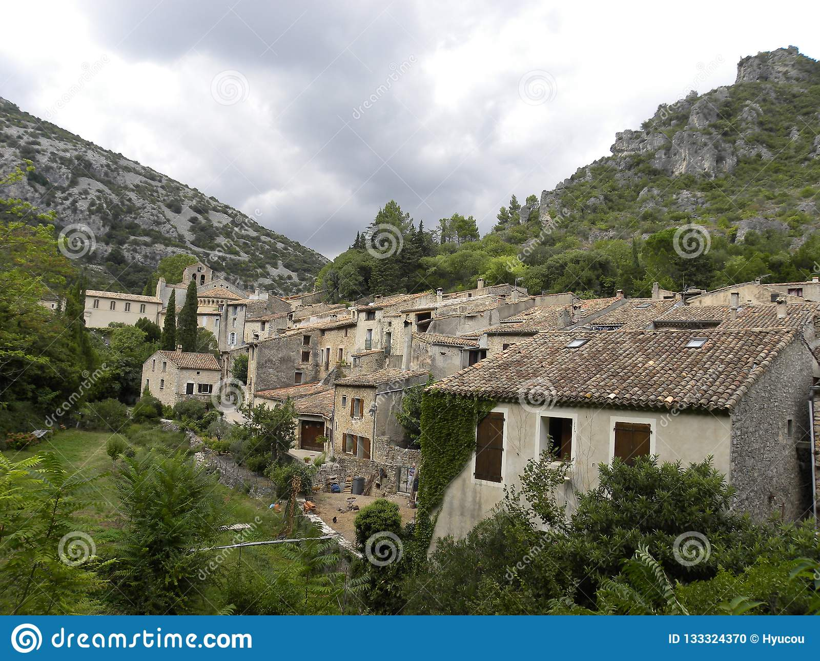 Heilig-guilhem-Le-Wüste, ein Dorf im herault, Languedoc, Frankreich