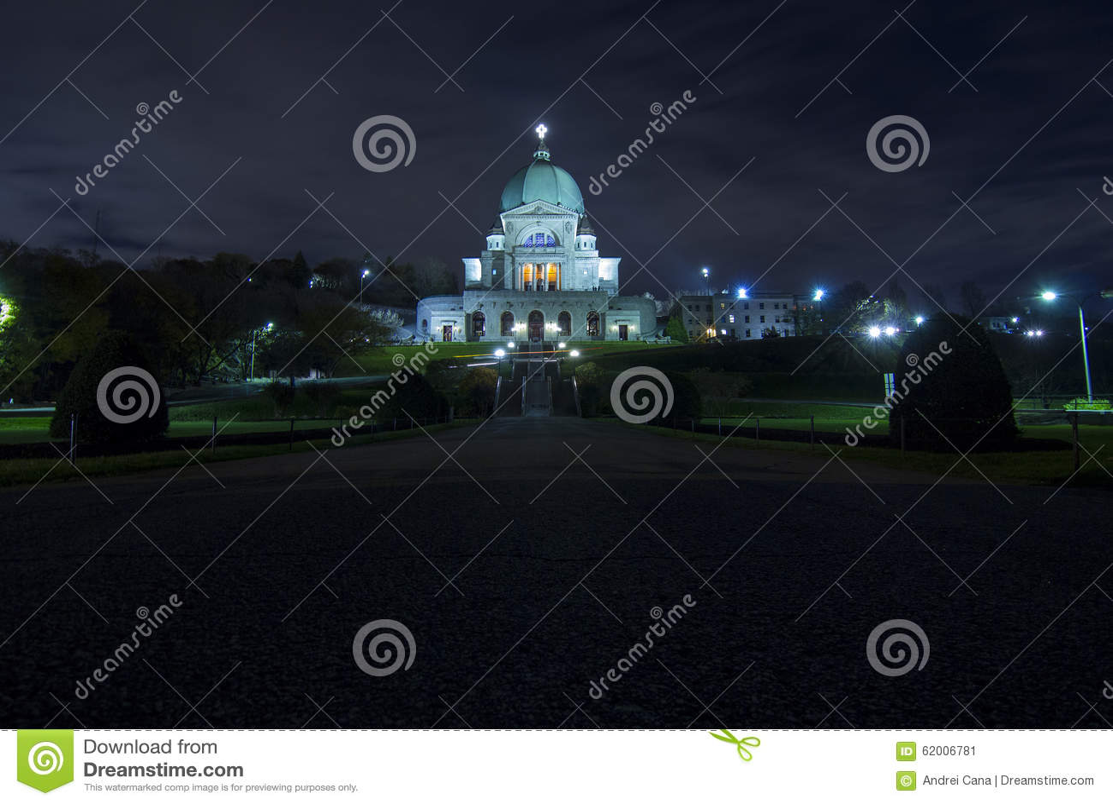 Heilige Joseph Oratory bij Nacht