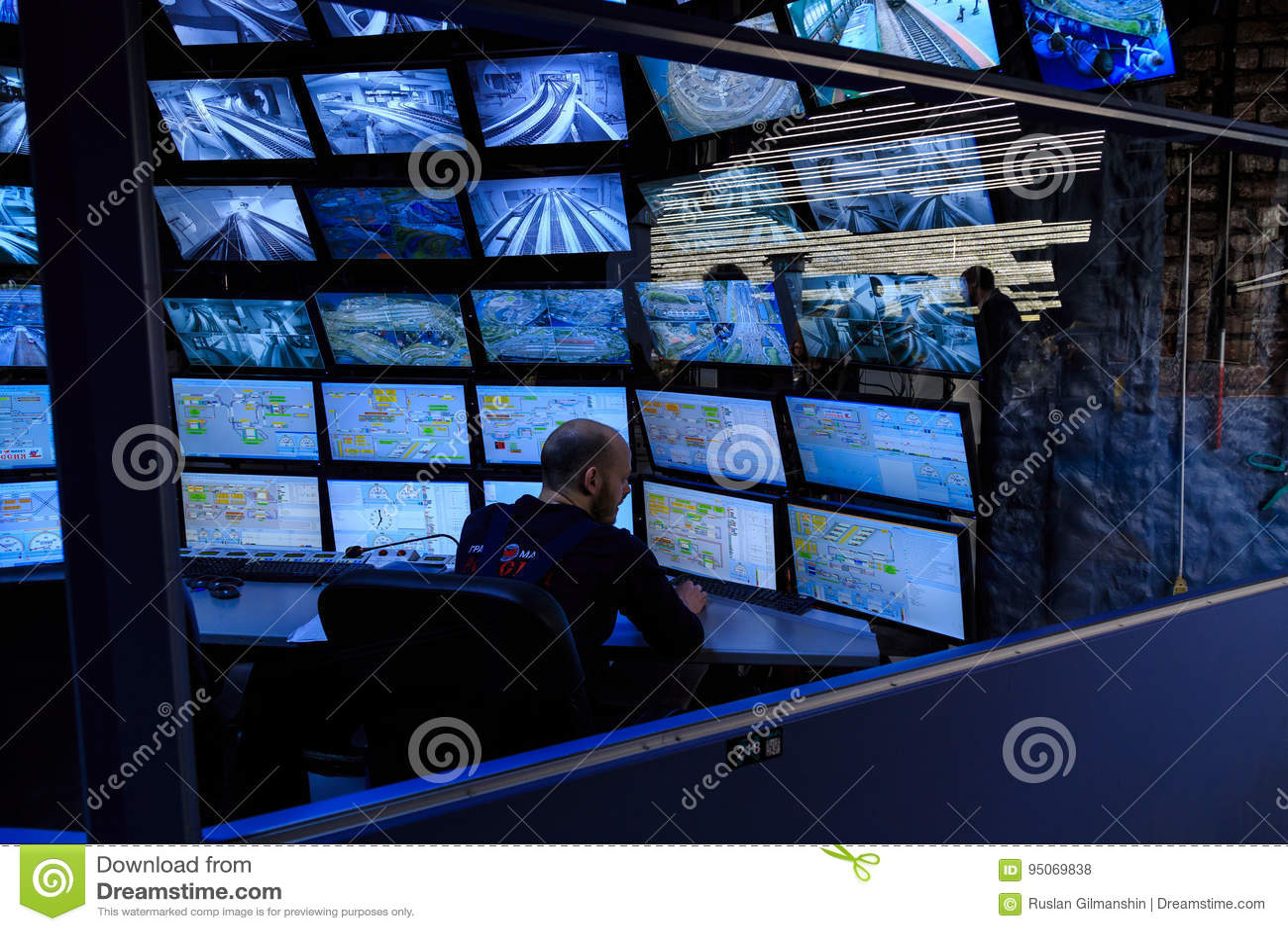 Heilige Petersburg, Rusland - Mei 13, 2017: Controlekamer van de aantrekkelijkheids Grote Russische lay-out Is binnen de grootste