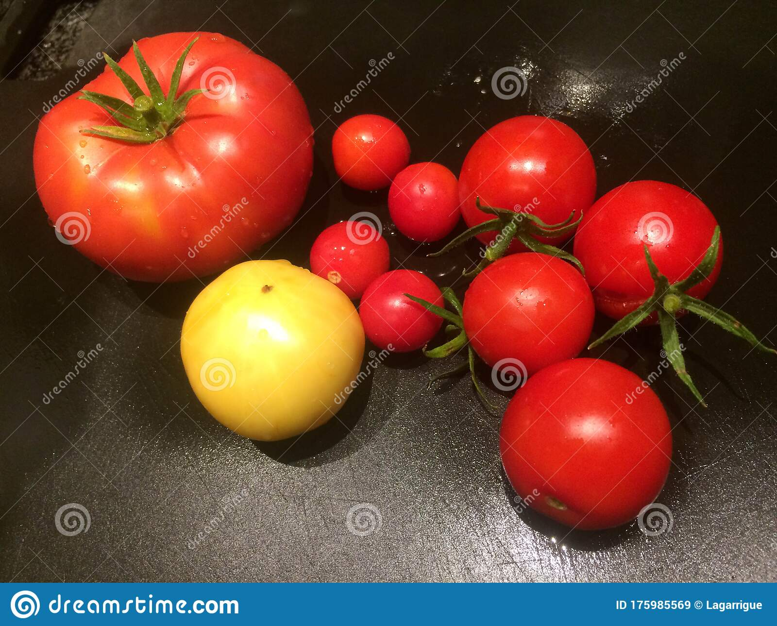 Heirloom Tomatoes Red And Yellow Arrangement Of Different Sizes
