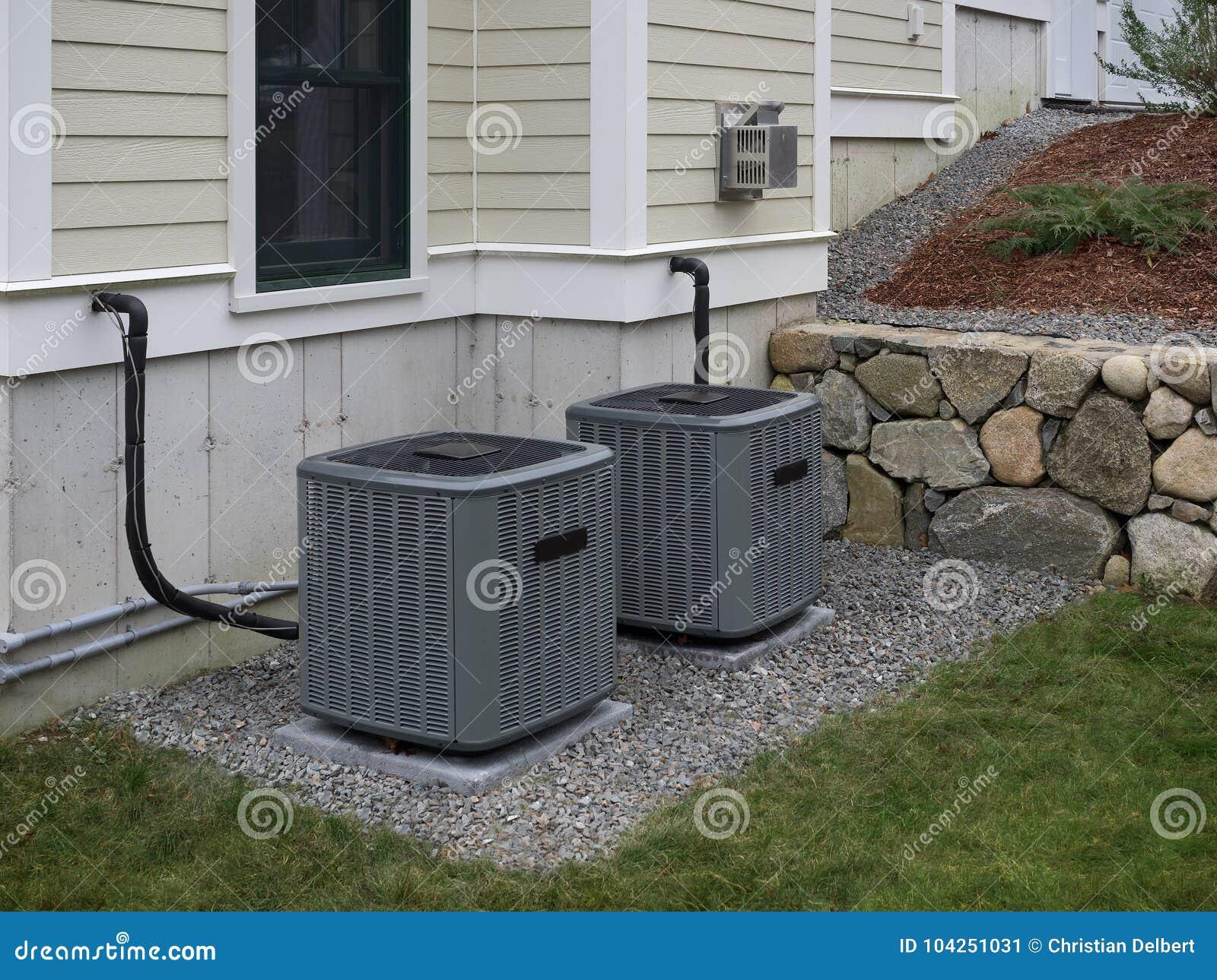 Heizung und Klimaanlagen stockbild. Bild von gebäude   104251031