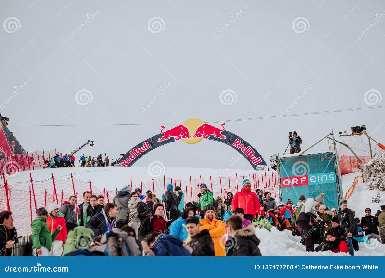 Hel Hahnenkamm Ski Race em declive do ¼ de KitzbÃ