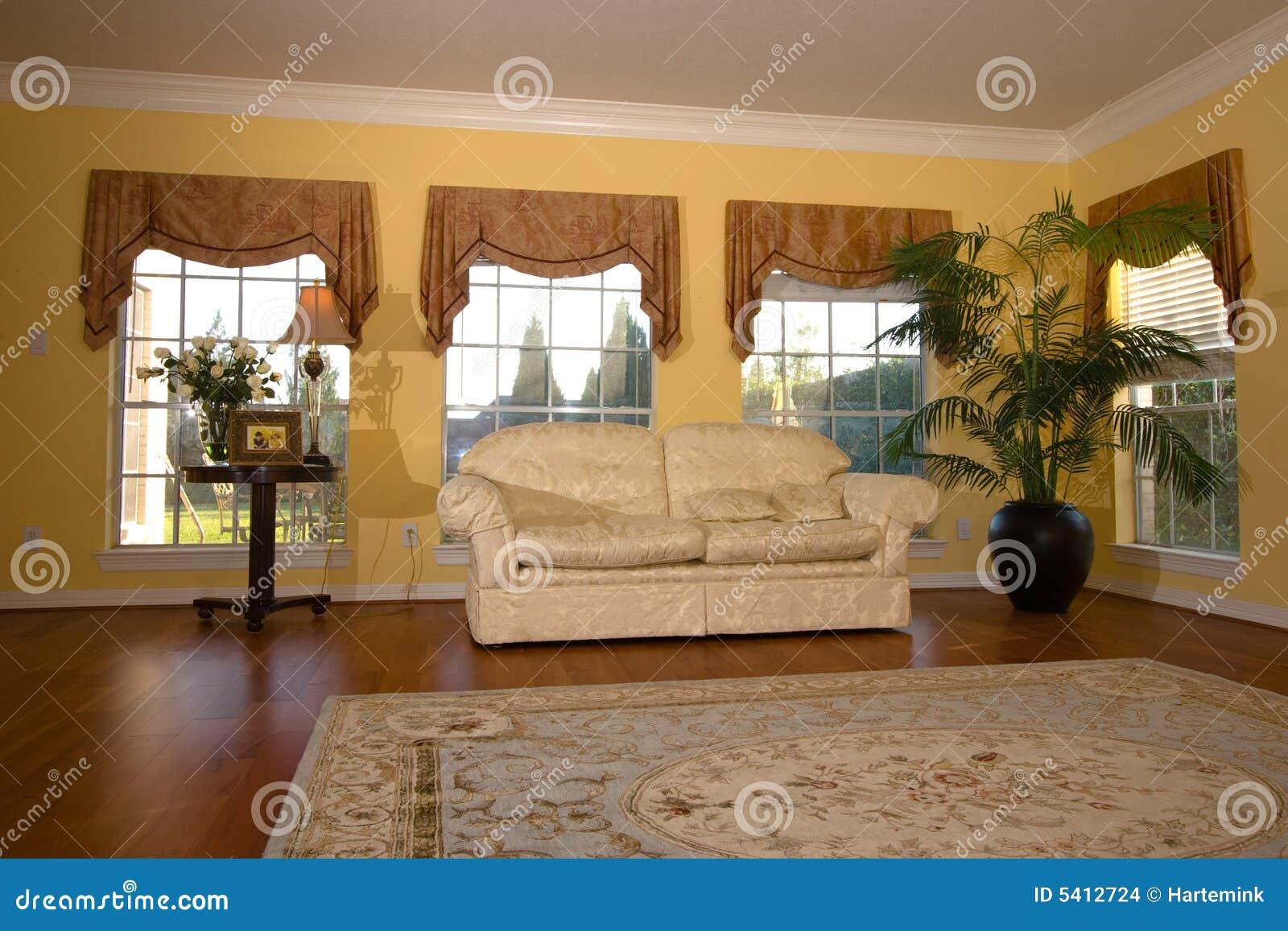 Heldere moderne woonkamer met houten vloer stock afbeeldingen afbeelding 5412724 - Moderne betegelde vloer ...