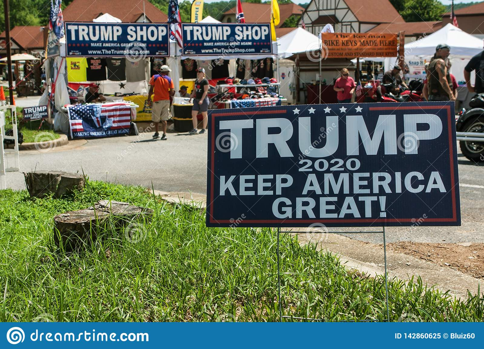 cheap for discount f6cb9 484c7 Donald Trump Merchandise For Sale At Georgia Outdoor Popup ...