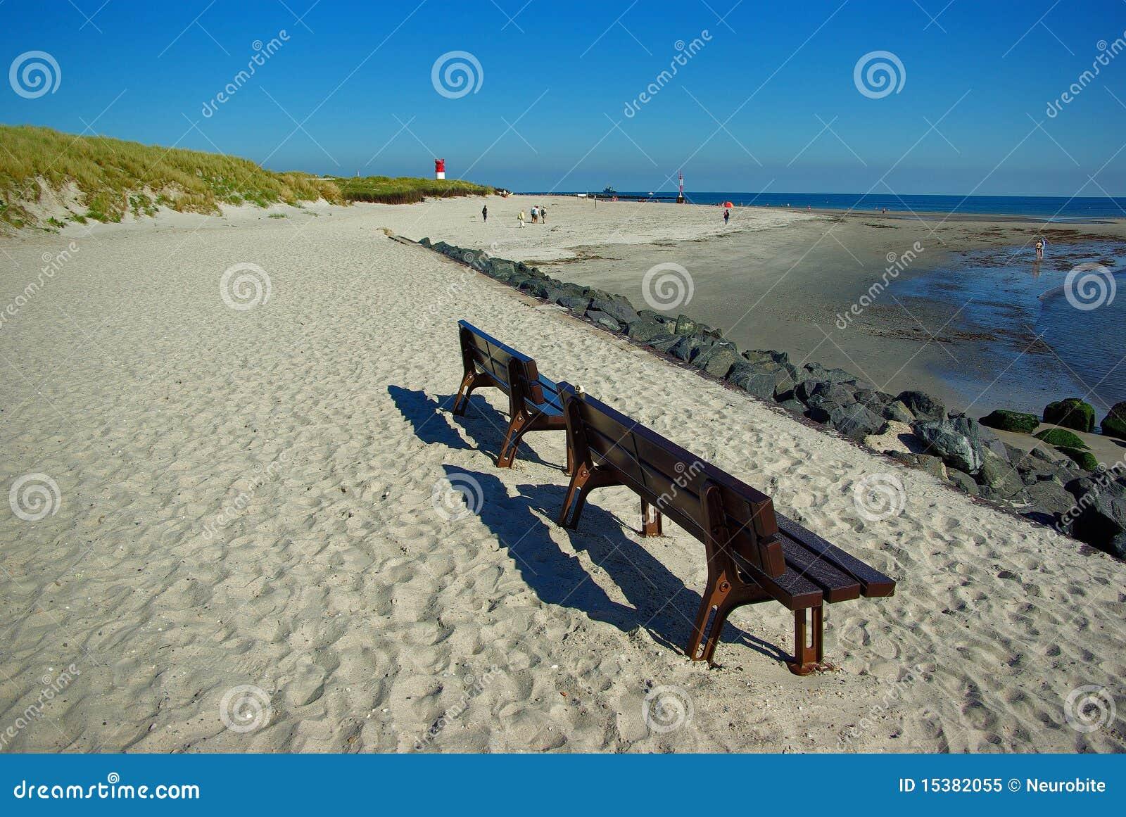 Helgoland insel in deutschland strand auf d ne for Designhotel helgoland