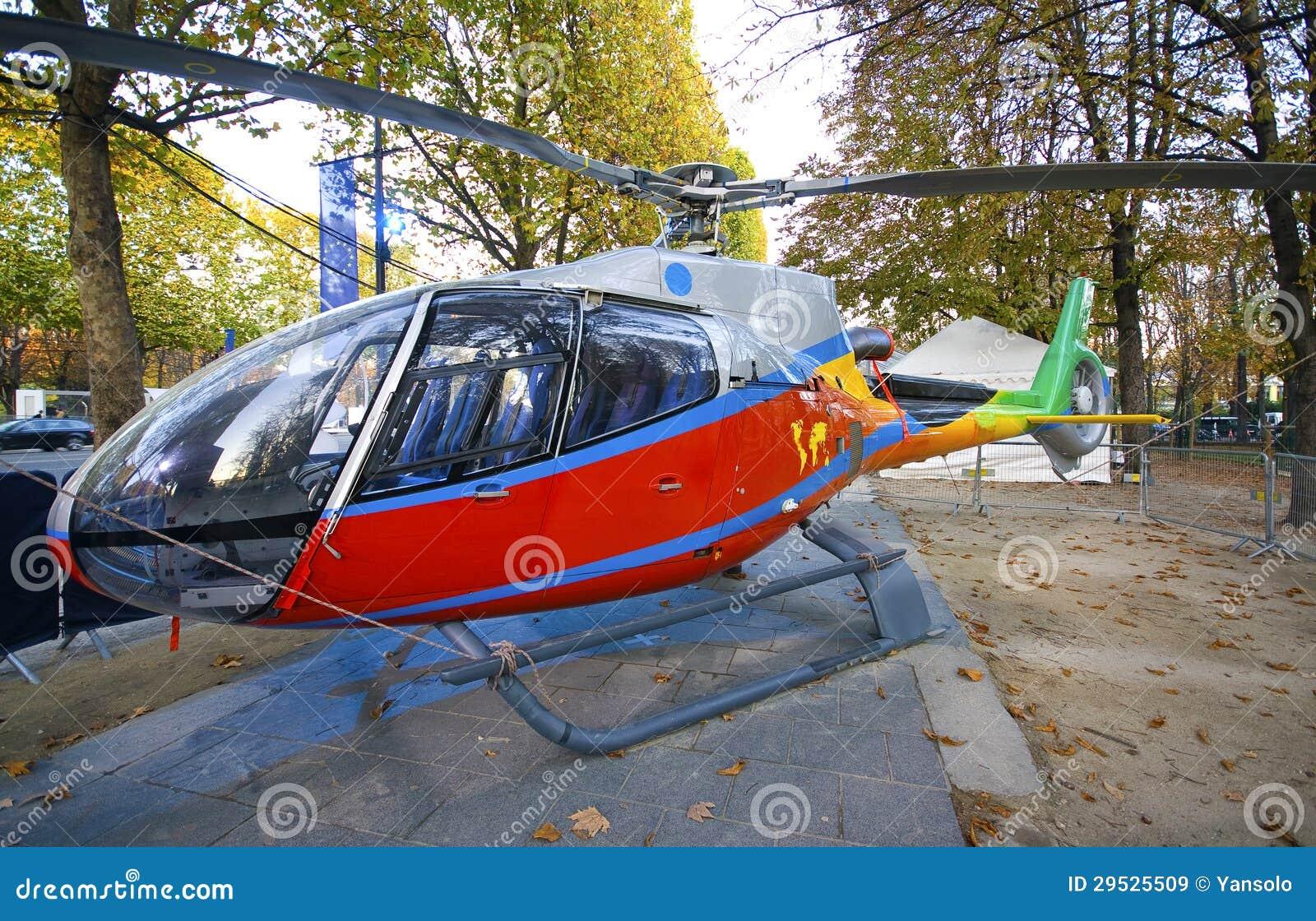 Helicóptero francês