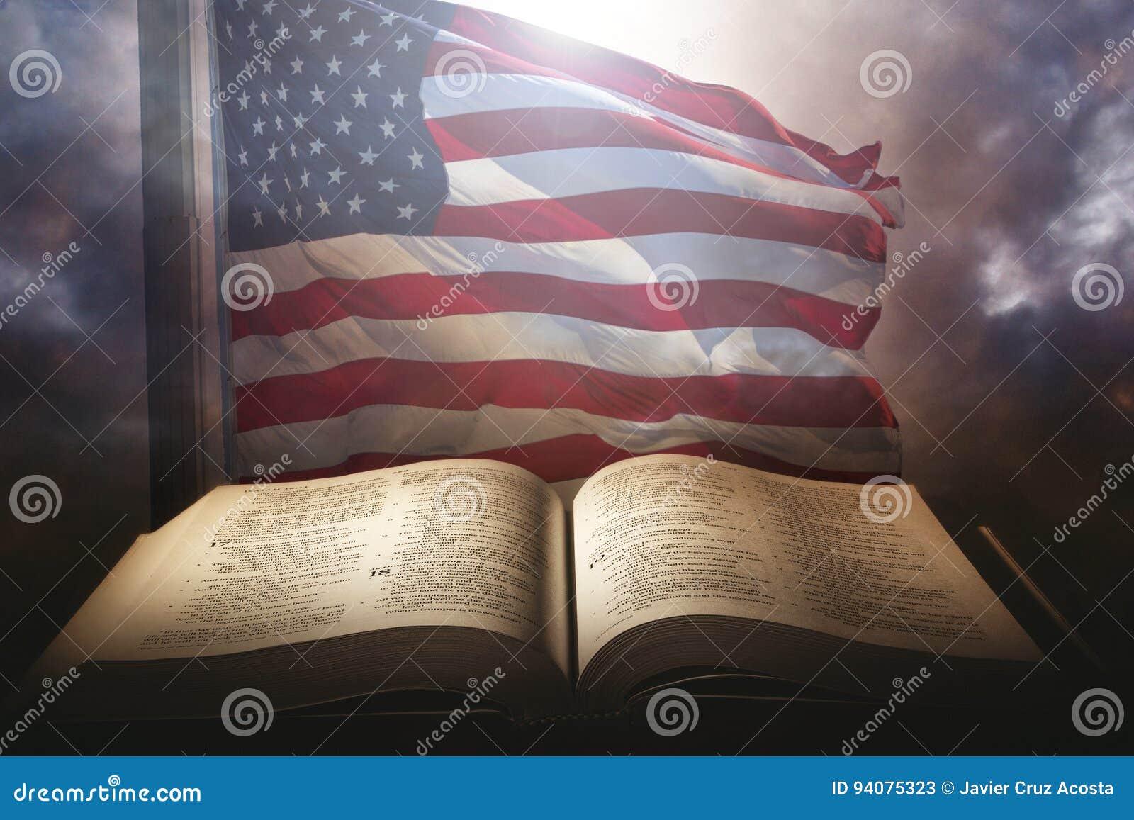 Helig bibel med amerikanska flaggan