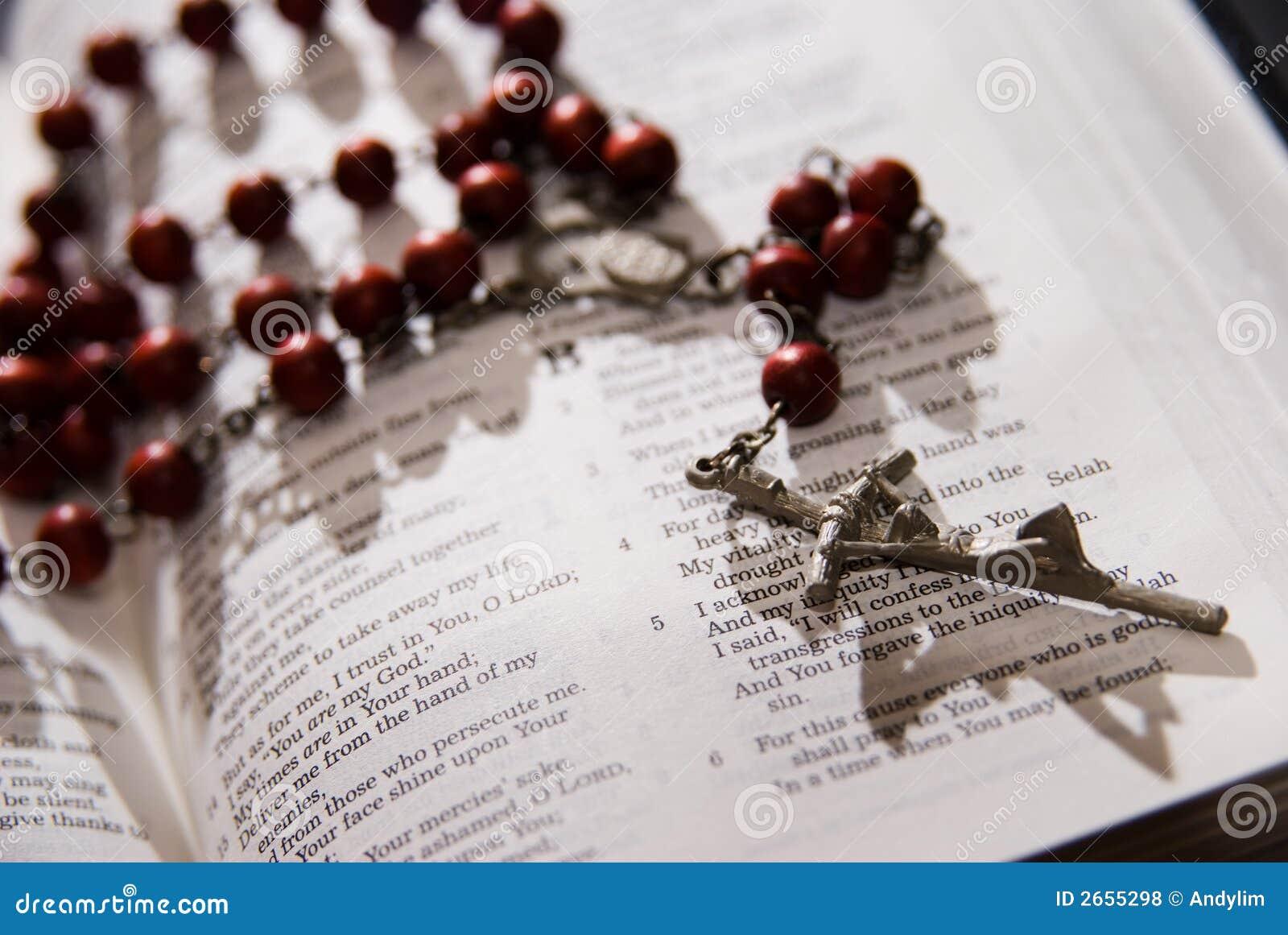 Helig röd radband för bibel